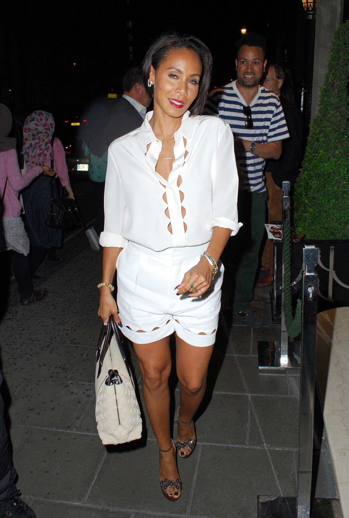 Jada Pinkett Smith Arriving at her hotel in London