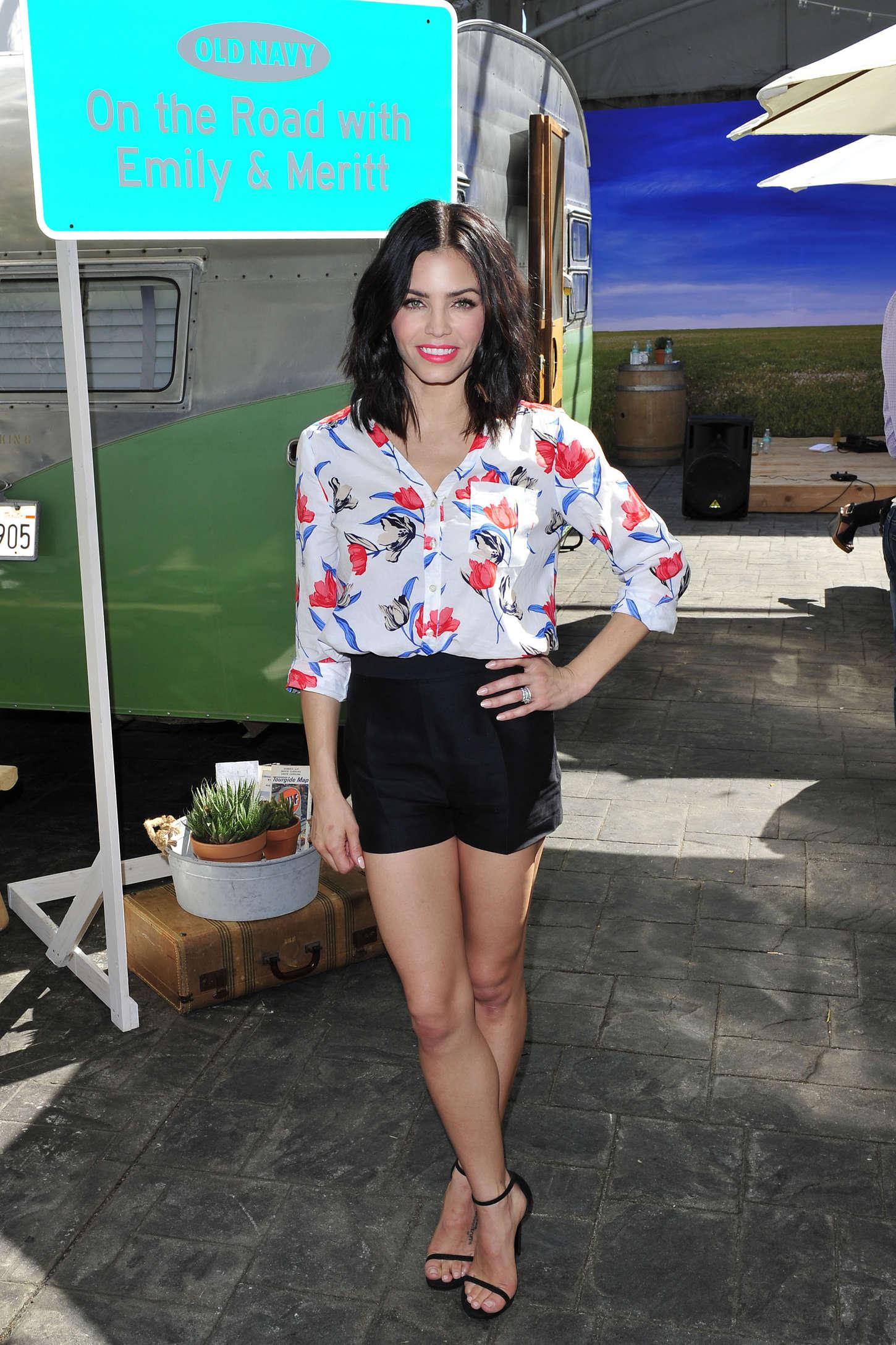 Jenna Dewan Tatum Old Navy Celebrates Spring Style Ambassadors in Los Angeles
