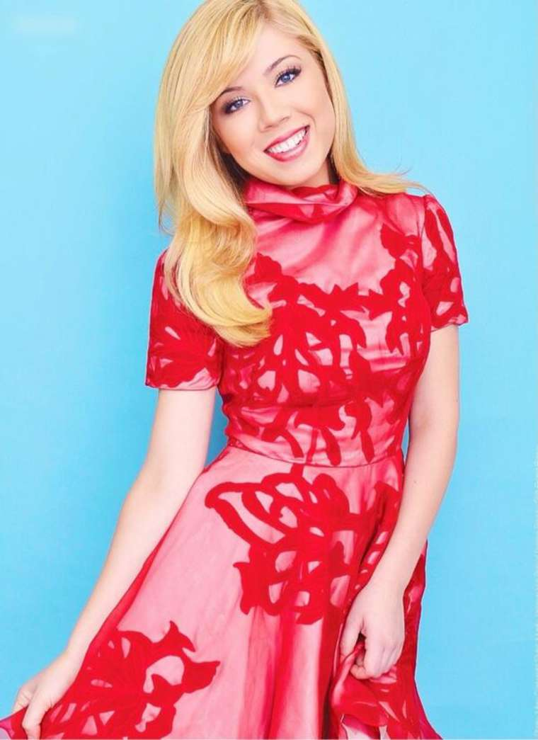 Jennette Mccurdy Glitter Magazine
