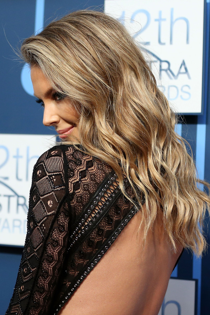 Jennifer Hawkins ASTRA Awards in Sydney