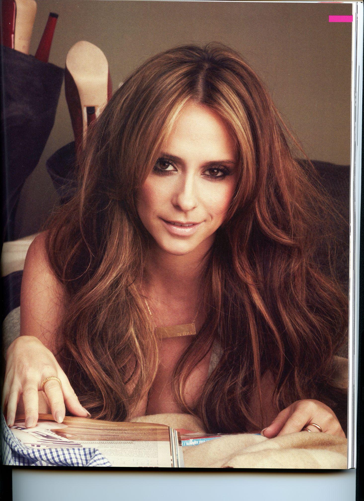 Jennifer Love Hewitt STNDRD Magazine