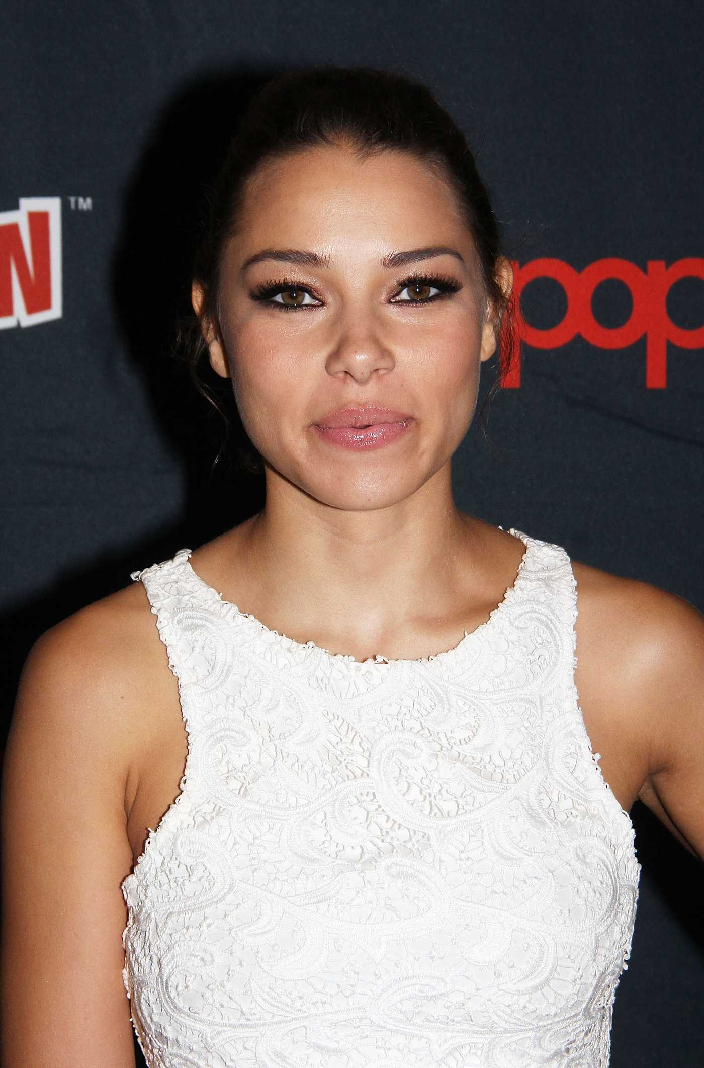 Jessica Parker Kennedy promoting Black Sails at Comic-Con in New York