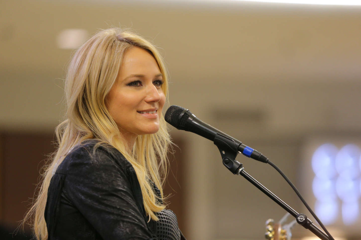 Jewel Kilcher Performs at Mall of America in Bloomington