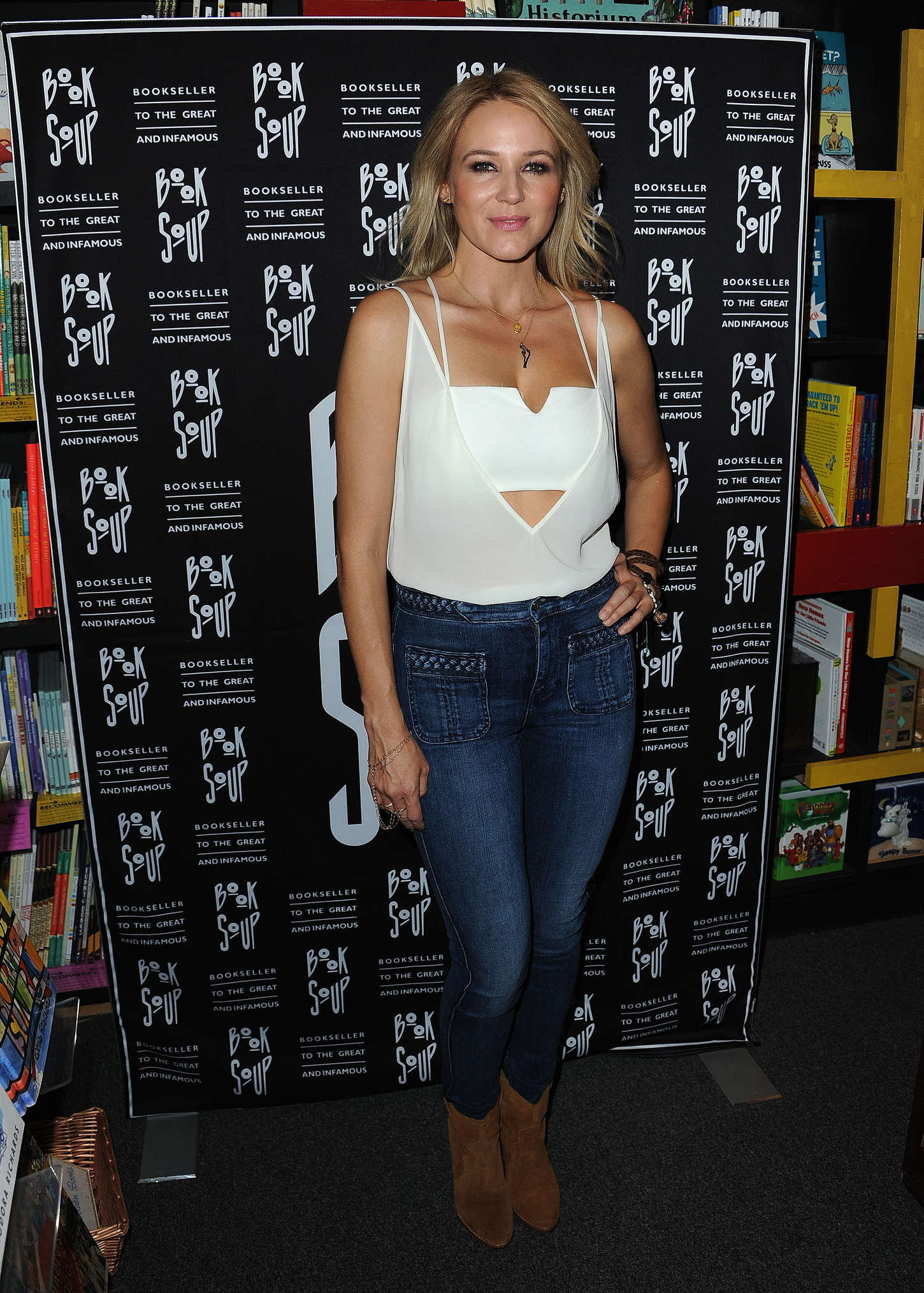 Jewel Kilcher Signs Her New Book at Book Soup in West Hollywood