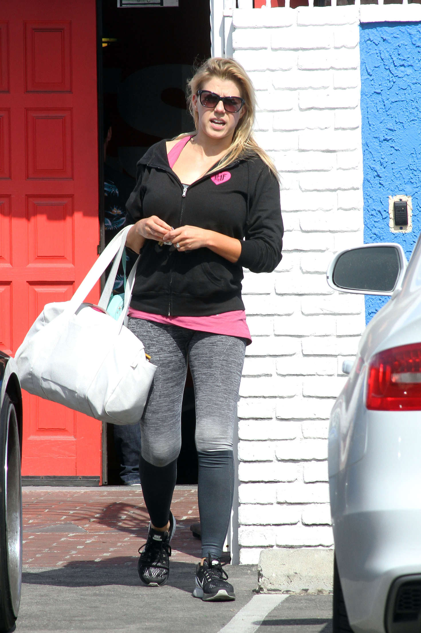 Jodie Sweetin in Tights at DWTS Studio in Hollywood