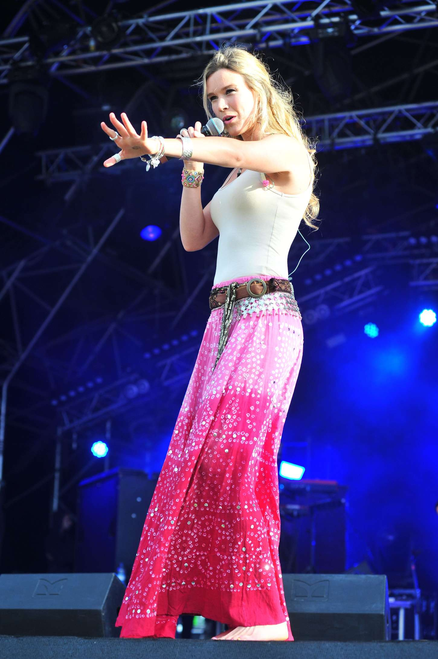 Joss Stone Performs at CarFest North in Cheshire