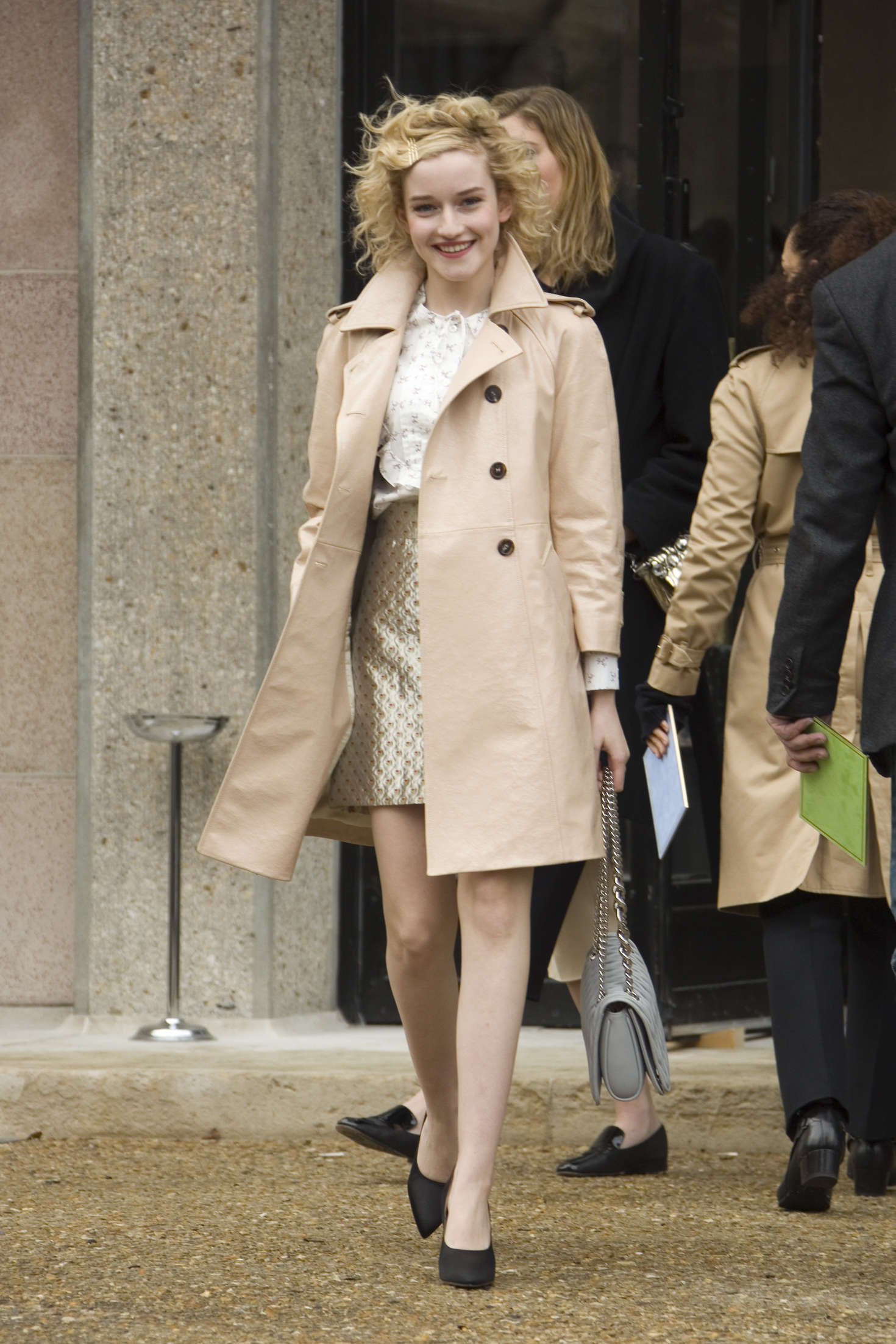 Julia Garner Arrives at Miu Miu Fashion Show in Paris