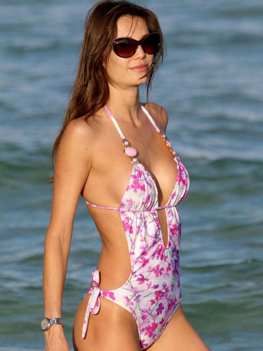 Julia Pereira and Rosana Peres Wearing Bikinis on Miami Beach