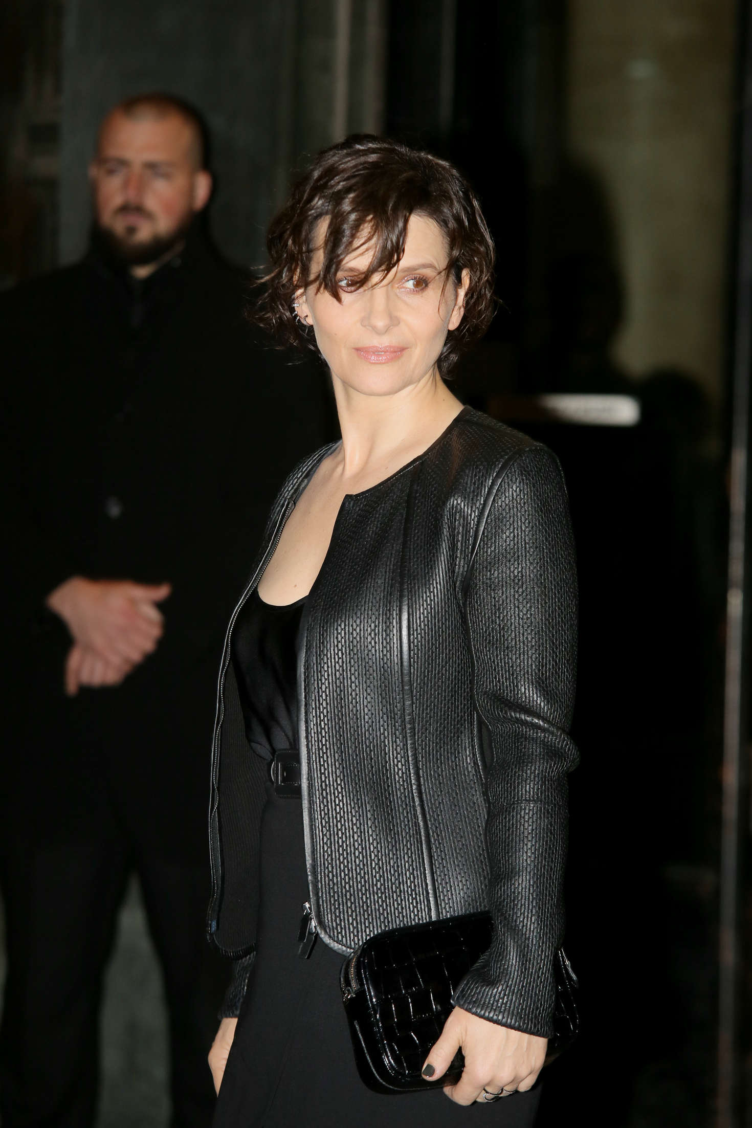 Juliette Binoche Arrivals at Giorgio Armani Fashion Show Spring Summer in Paris