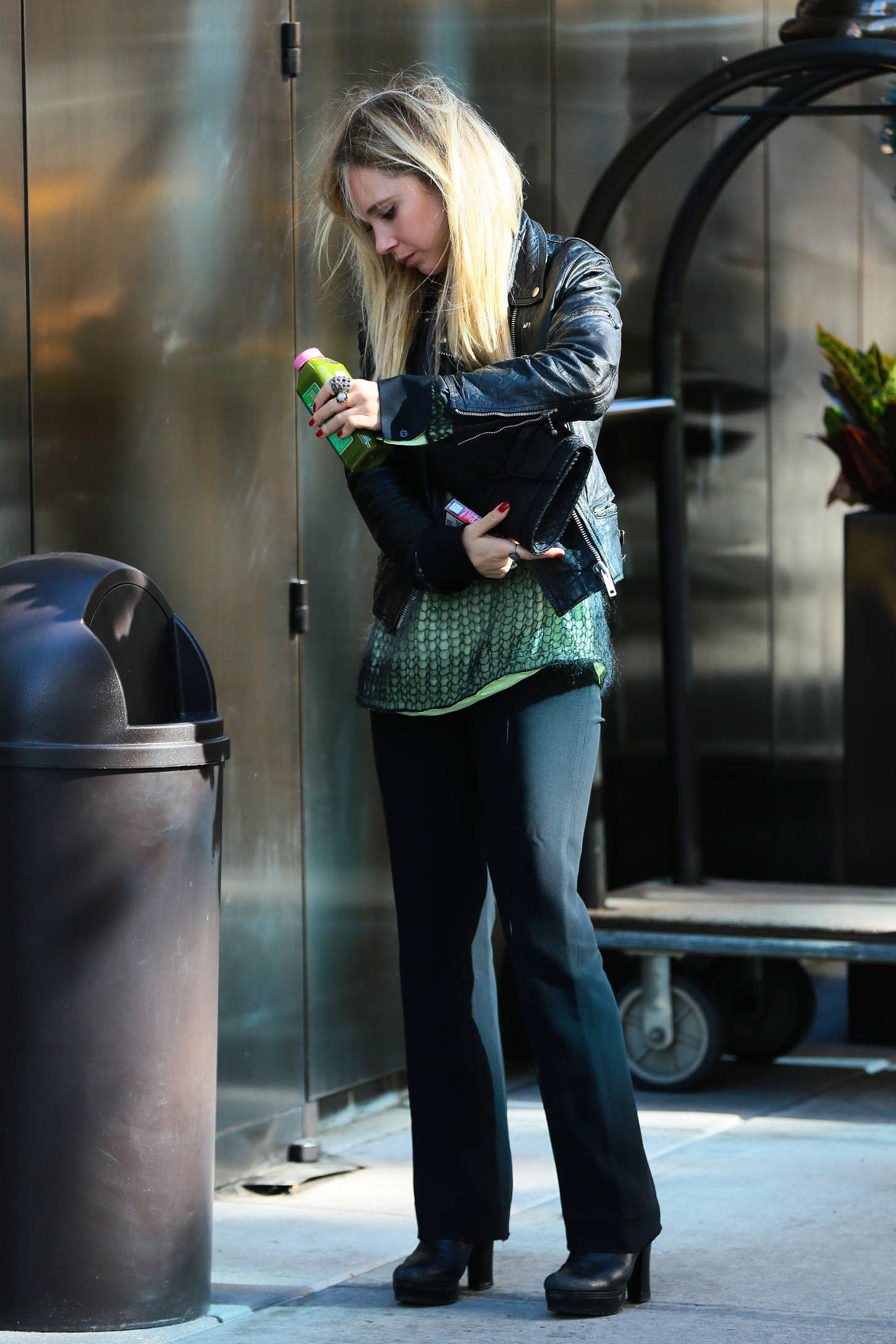 Juno Temple Leaves her hotel in New York
