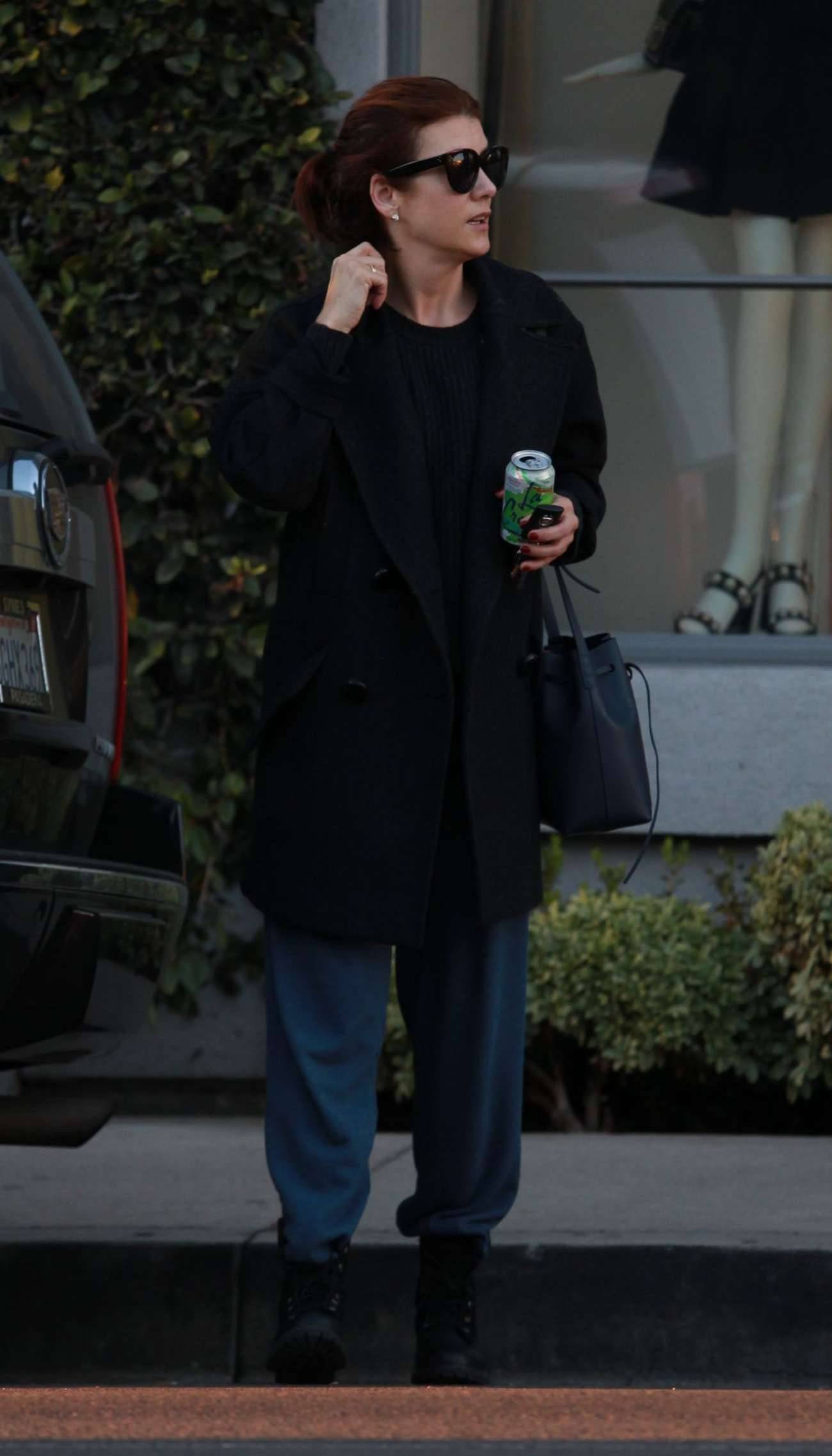 Kate Walsh Shopping in Beverly Hills