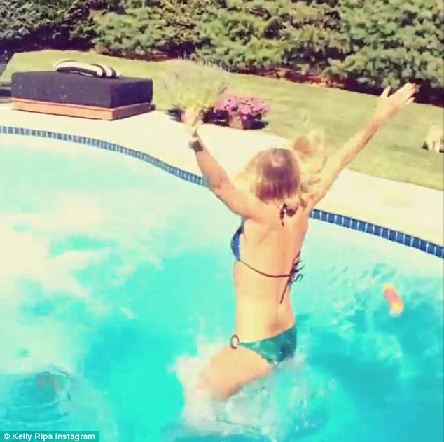 Kelly Ripa Ice Bucket Challenge in a Bikini