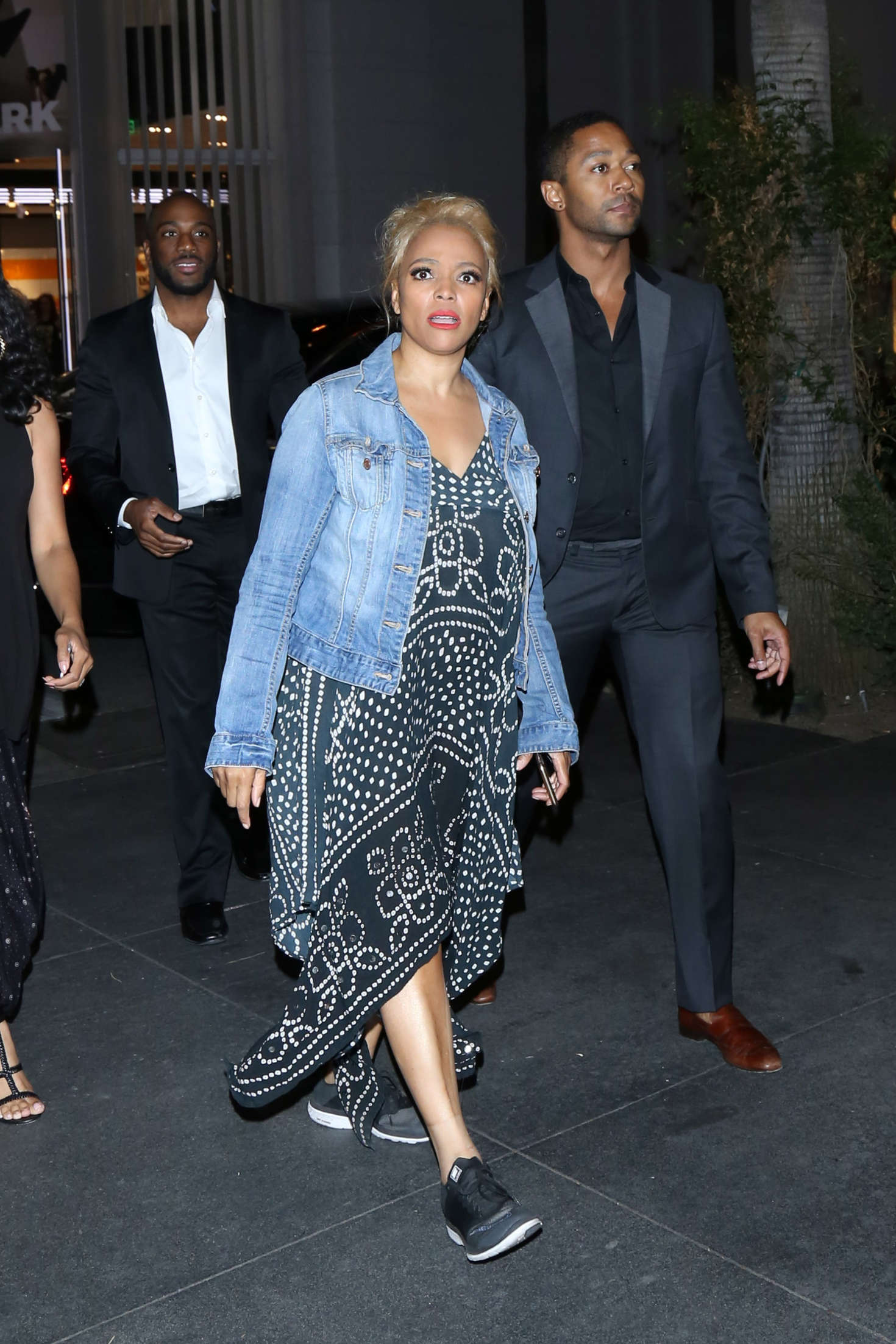 Kim Fields Heads to Mixology101 after DWTS Competition in Los Angeles