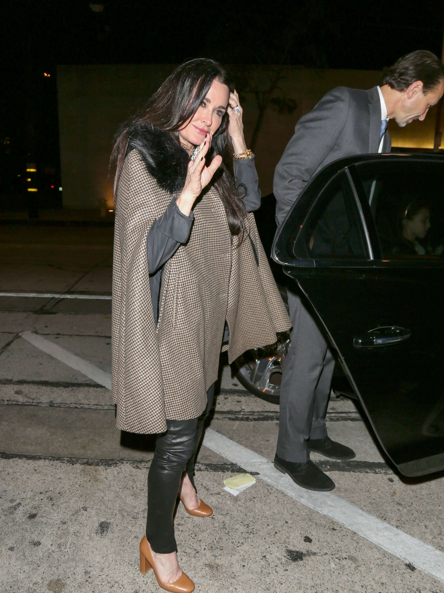 Kyle Richards Leaving Craigs Restaurant in Los Angeles