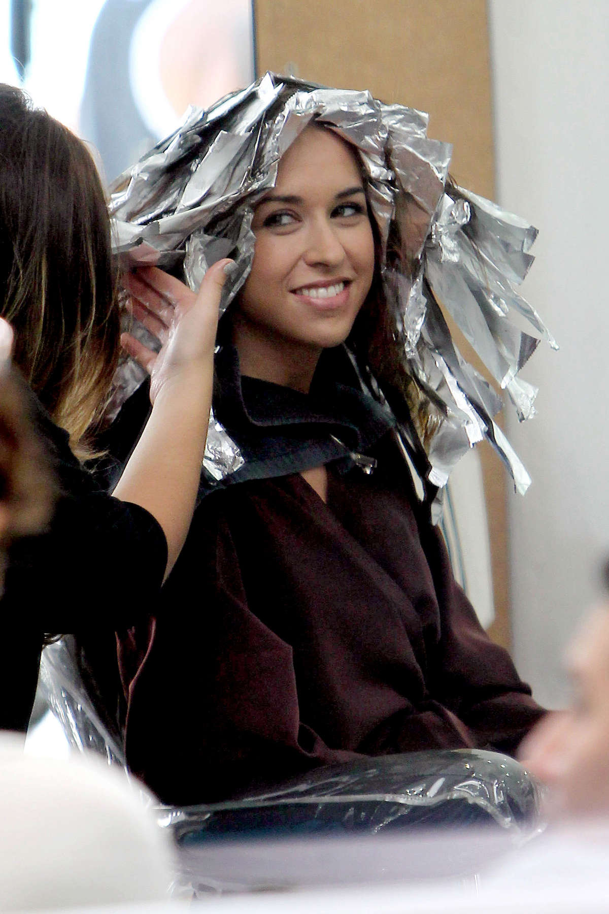 Lacey Chabert gets her hair cut and dyed at a salon in Beverly Hills