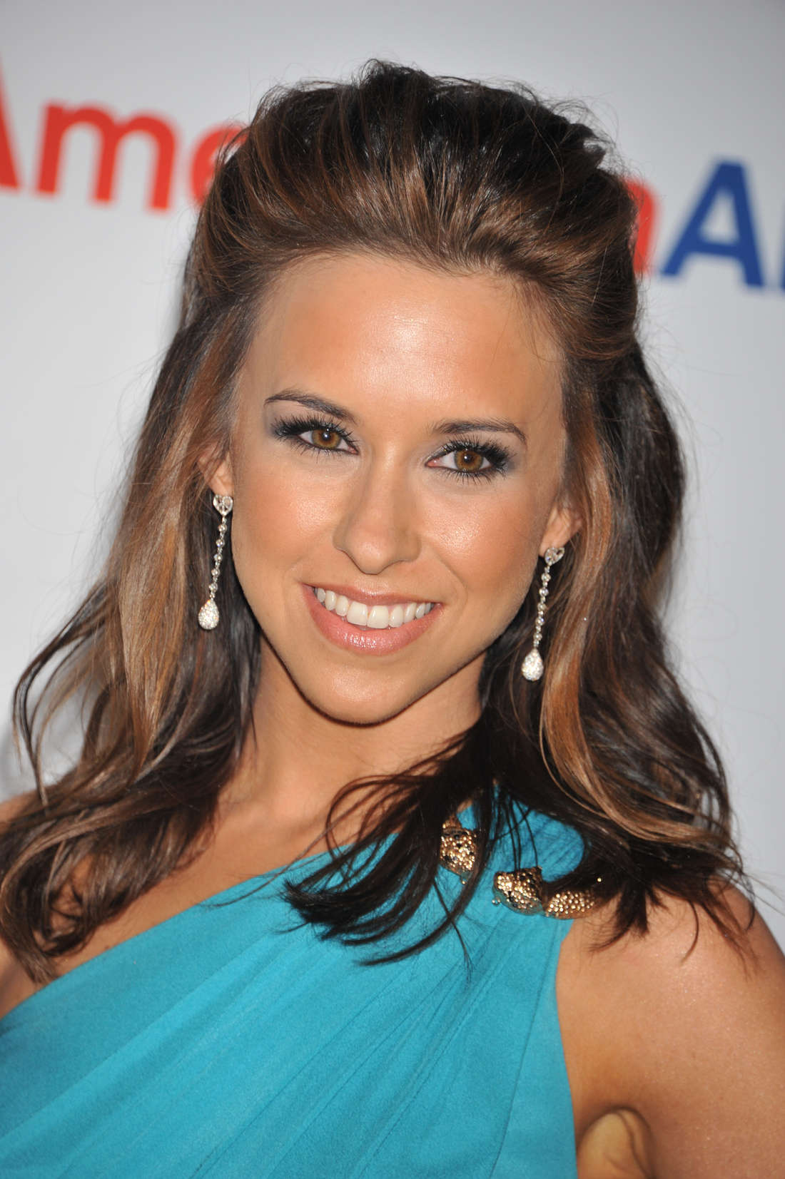 Lacey Chabert Race to Erase MS event in Century City