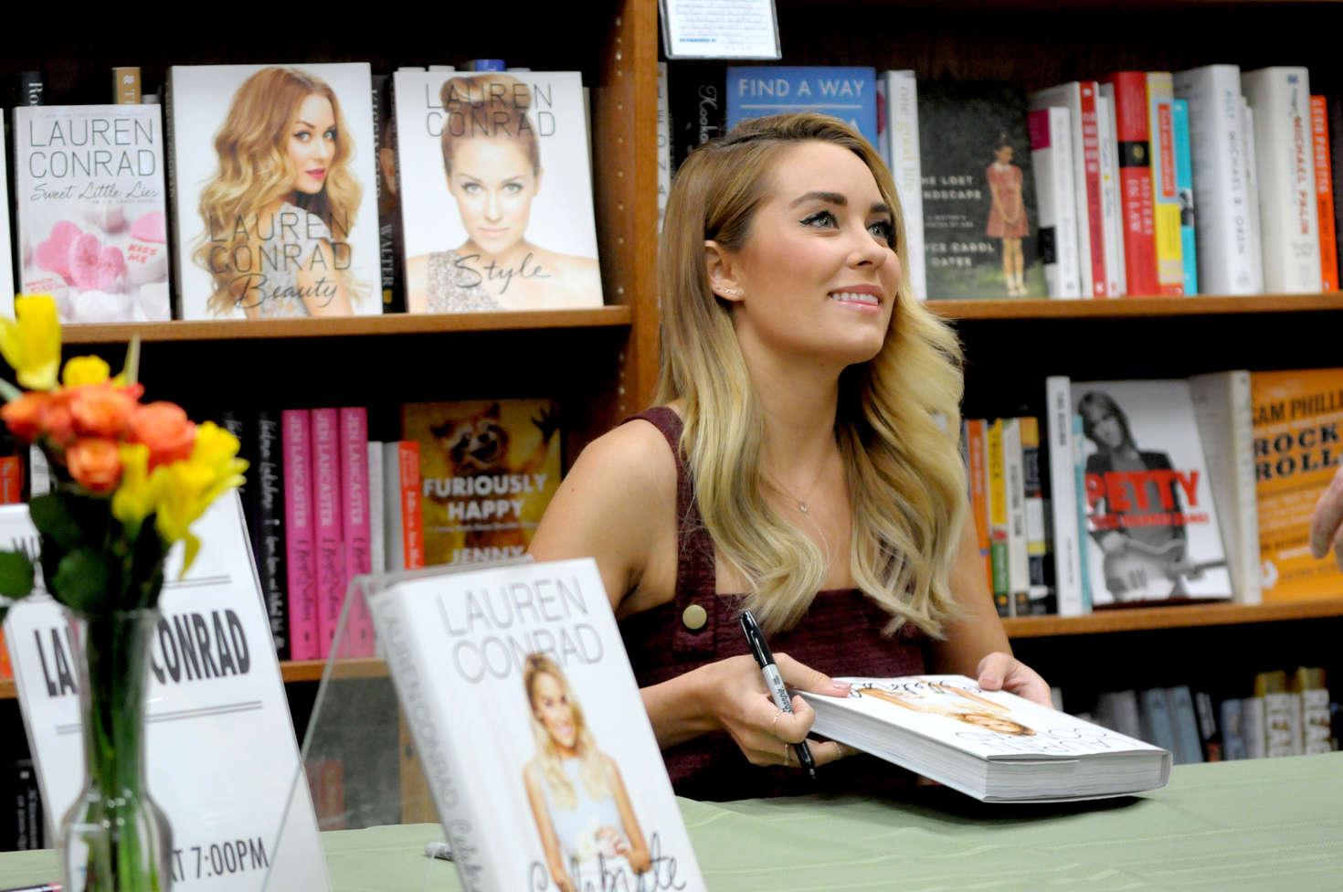 Lauren Conrad Signs copies of Celebrate at Andersons Bookshop in LaGrange