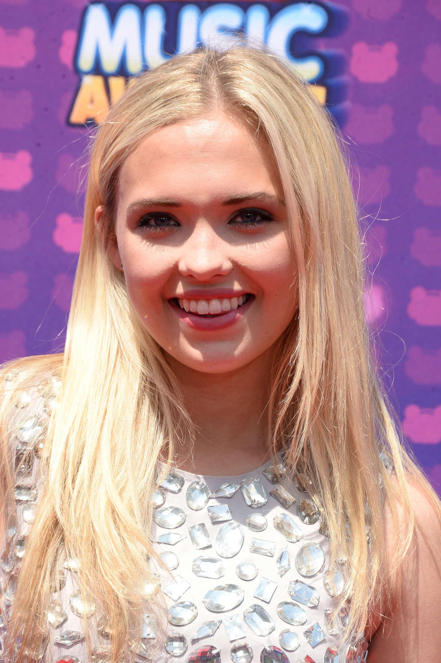 Lauren Taylor Radio Disney Music Awards in Los Angeles