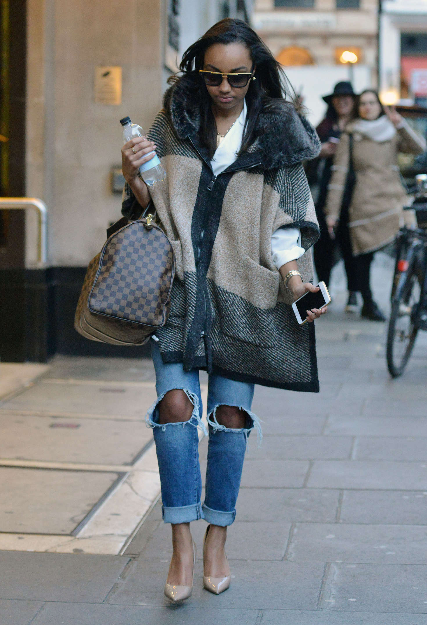 Leigh-Anne Pinnock Leaving offices in London
