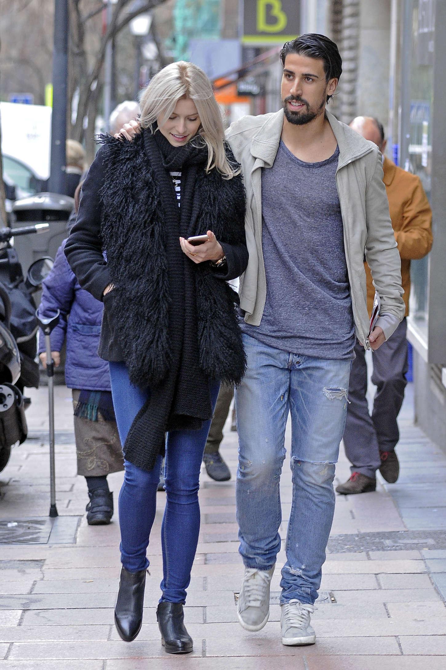Lena Gercke Shopping in Madrid