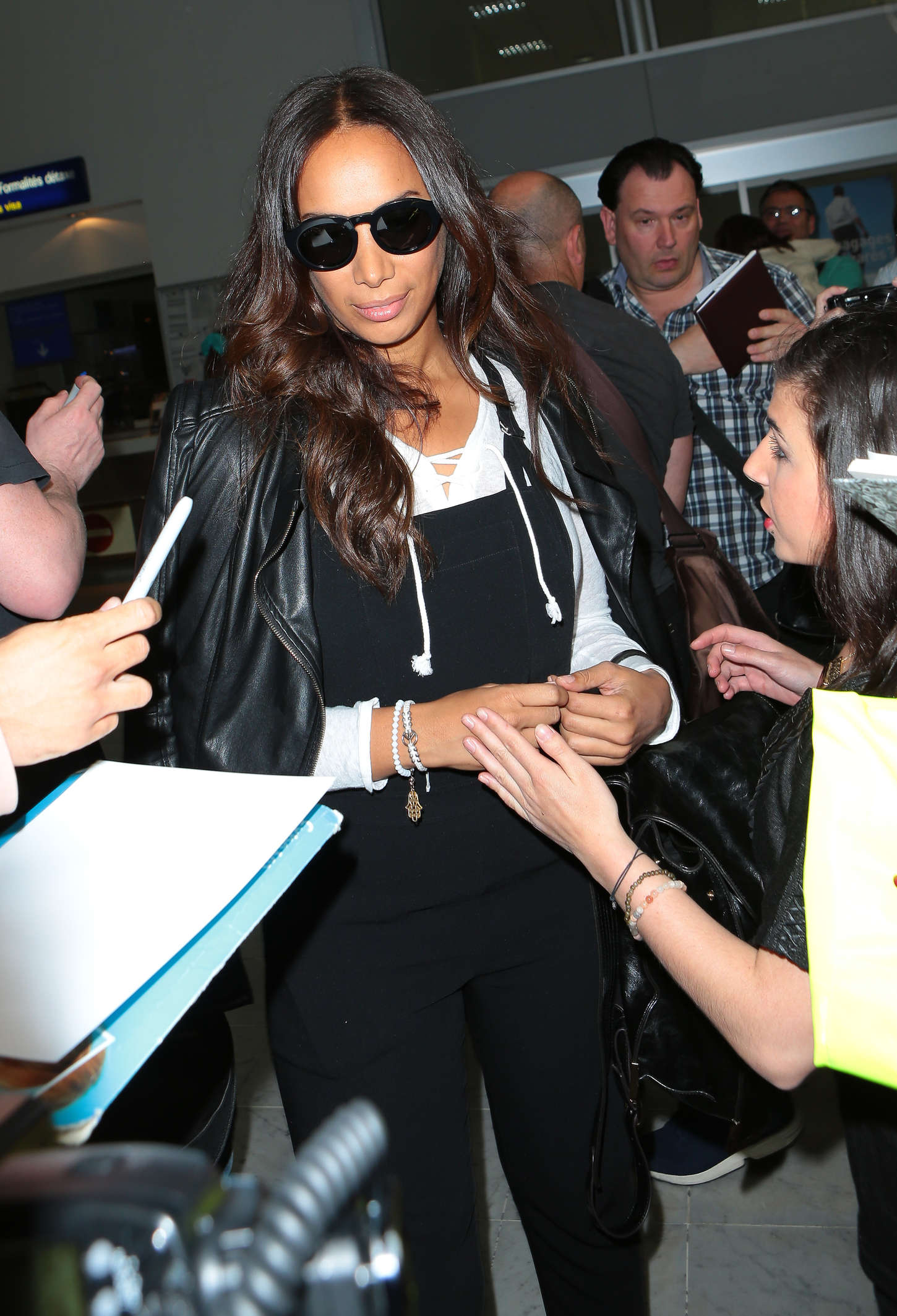 Leona Lewis Airport in Nice