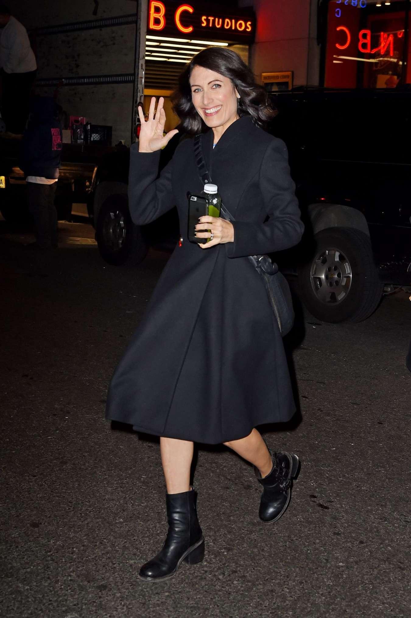 Lisa Edelstein Leaving NBC Studios in New York