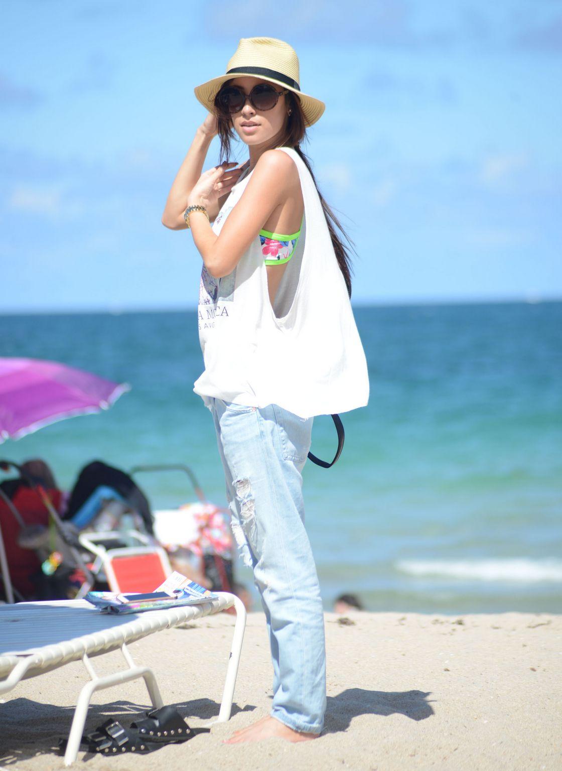 Lisa Opie Bikini Candids in Miami