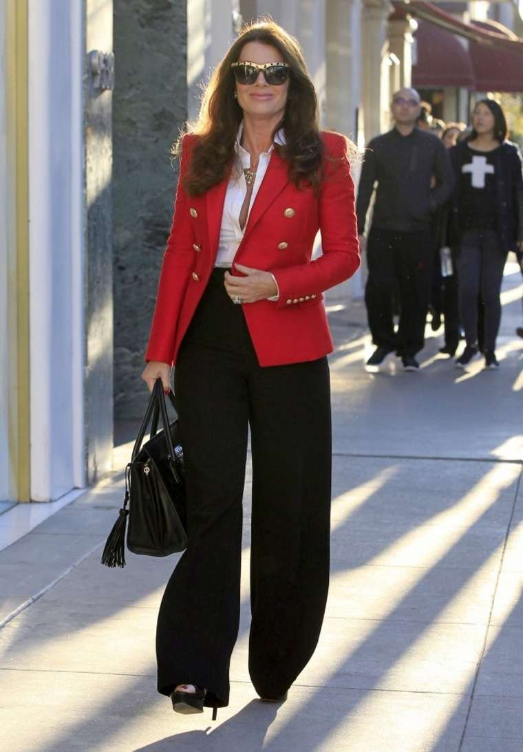 Lisa Vanderpump go out in Beverly Hills