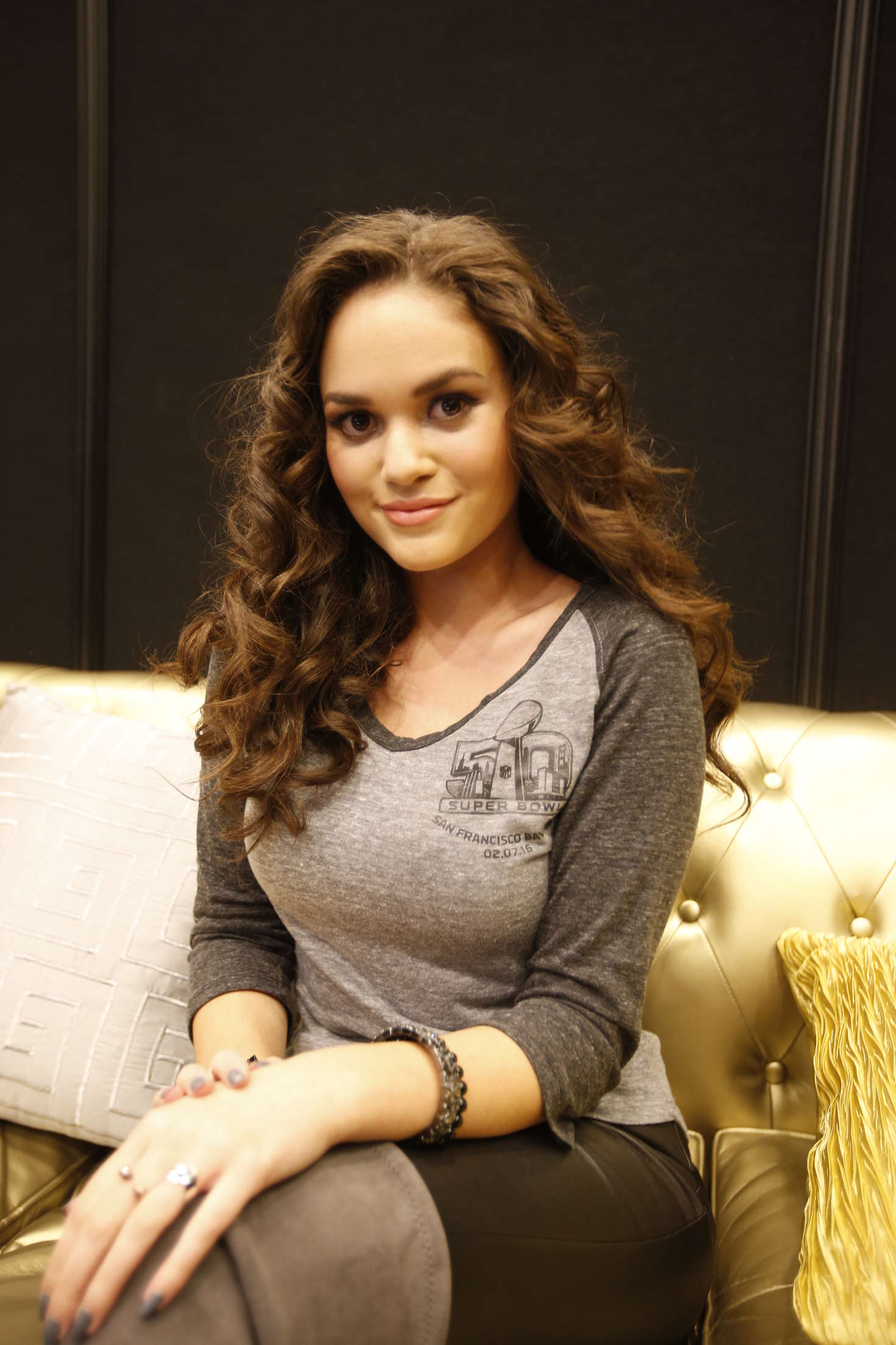 Madison Pettis NFL Shop Juniors Event in San Francisco