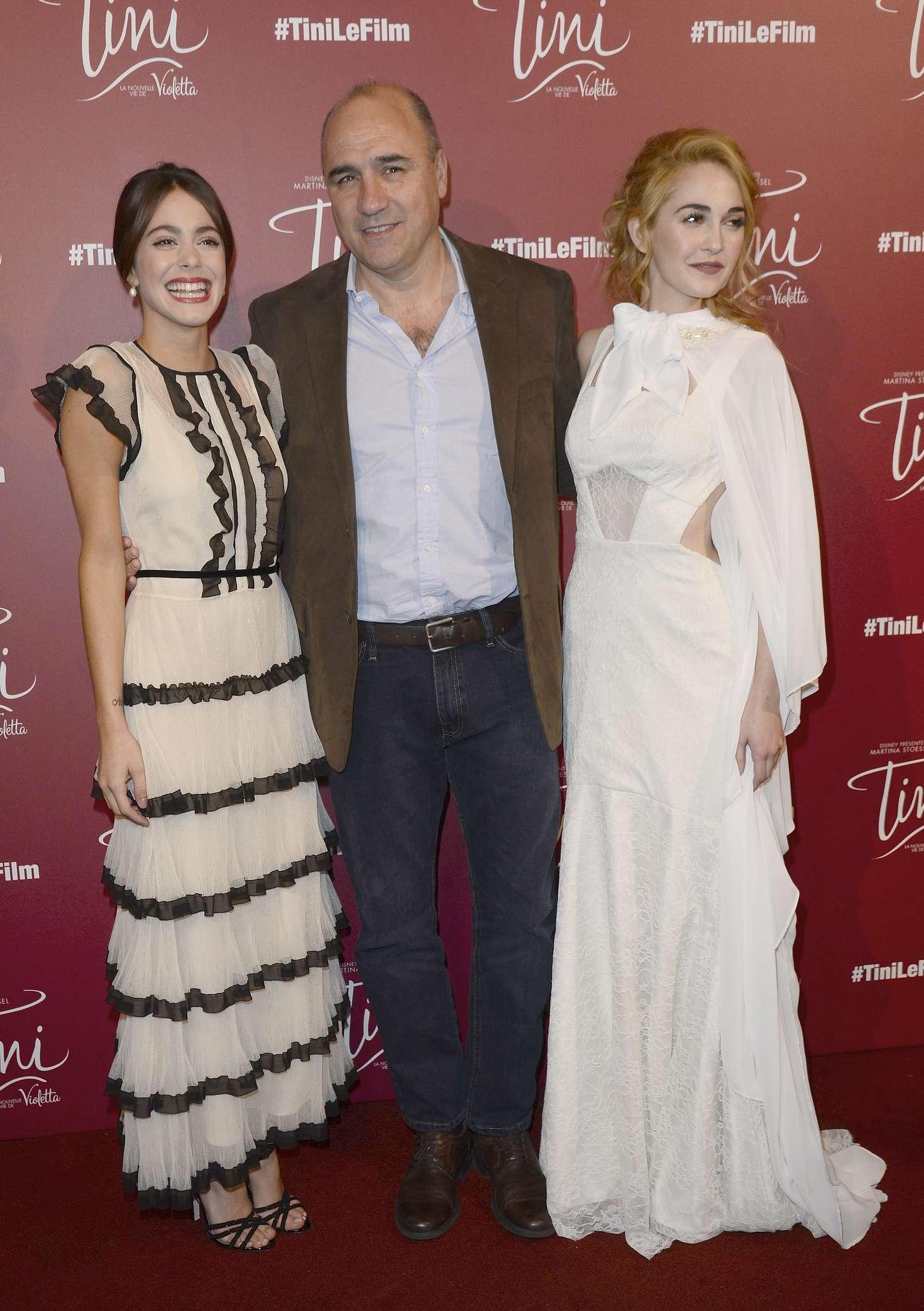 Martina Stoessel and Mercedes Lambre La nouvelle vie de Violetta Premiere in Paris