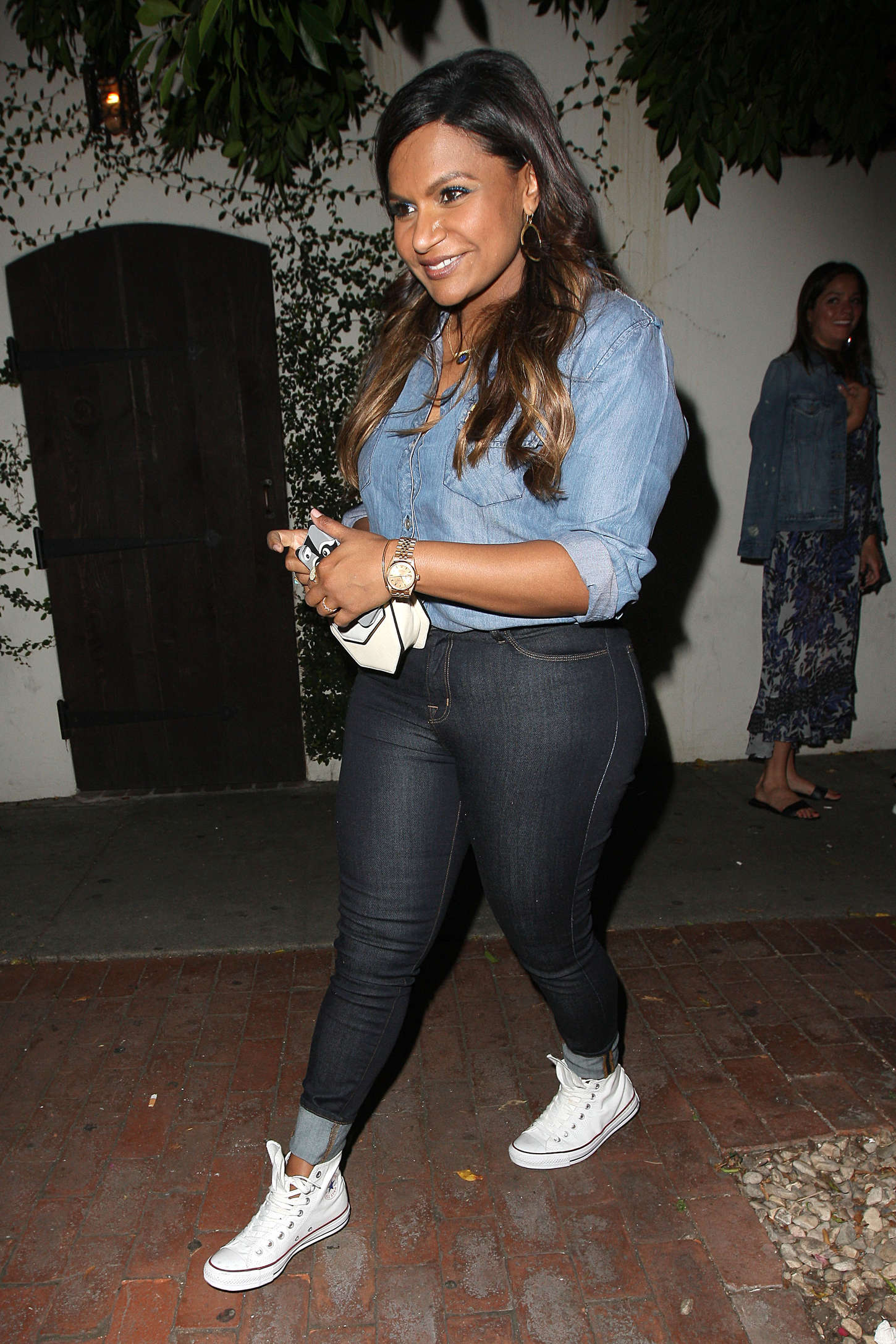 Mindy Kaling Leaving AOC in West Hollywood