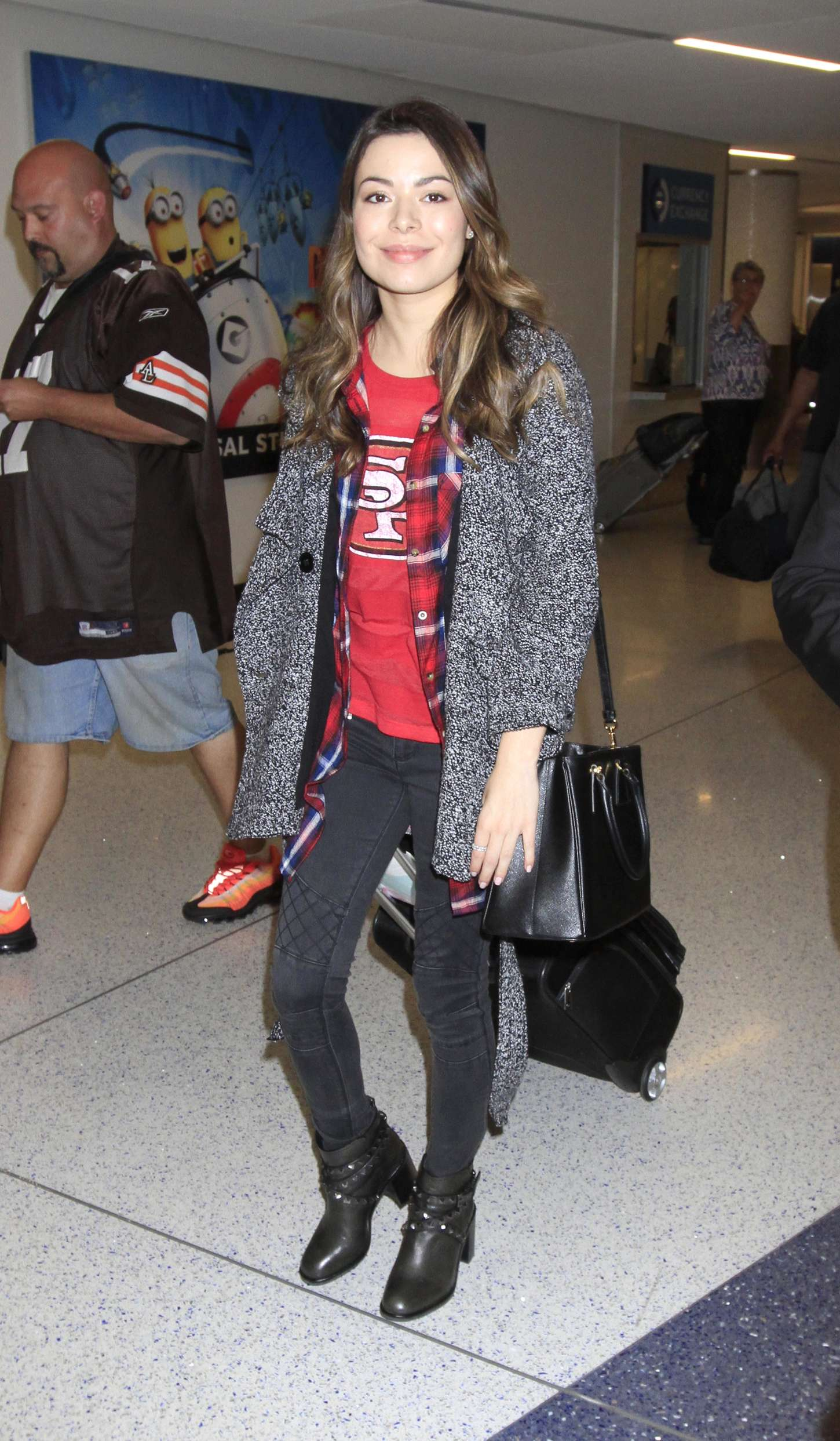 Miranda Cosgrove LAX Airport in Los Angeles