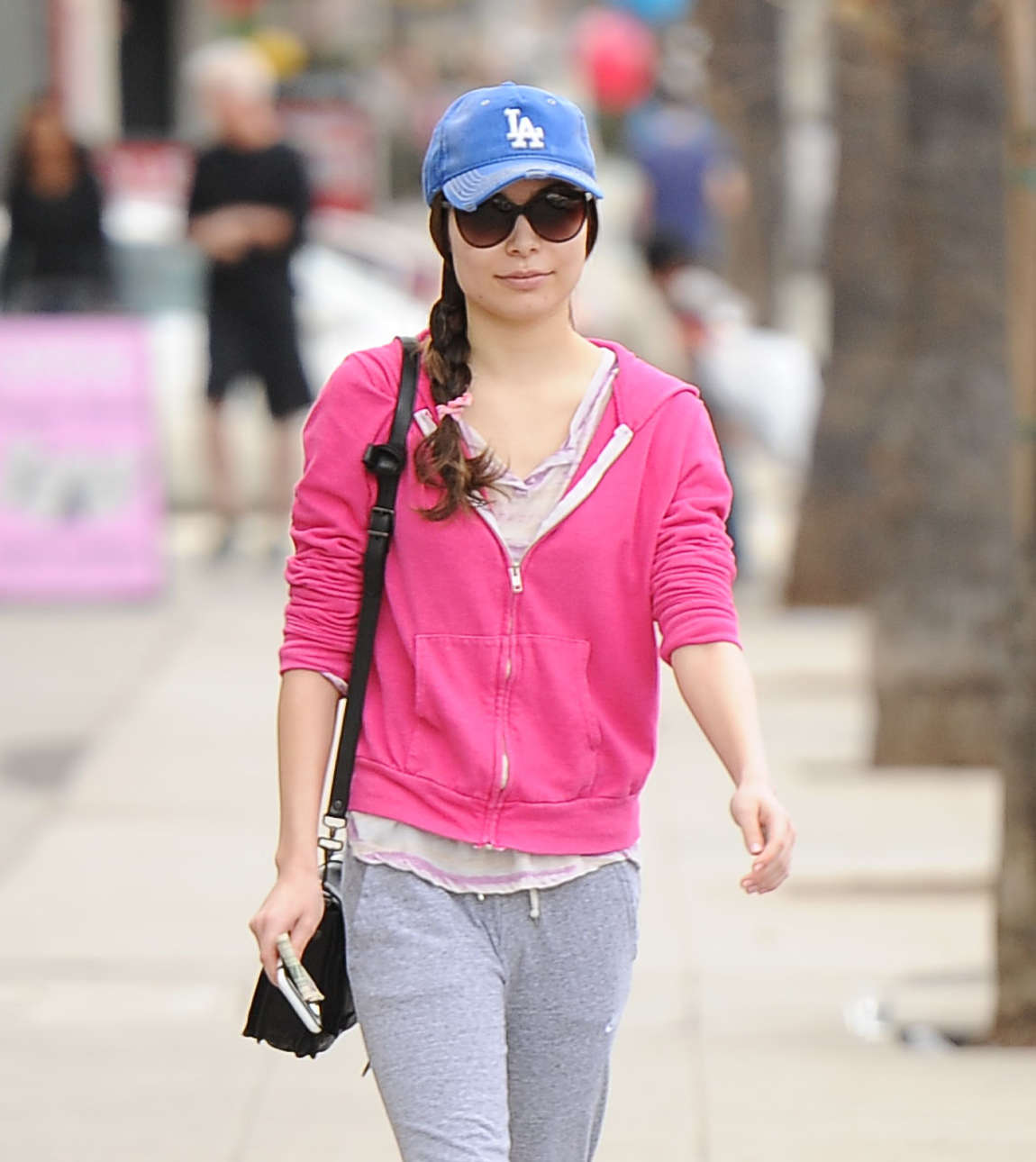 Miranda Cosgrove Street Style go out in Los Angeles
