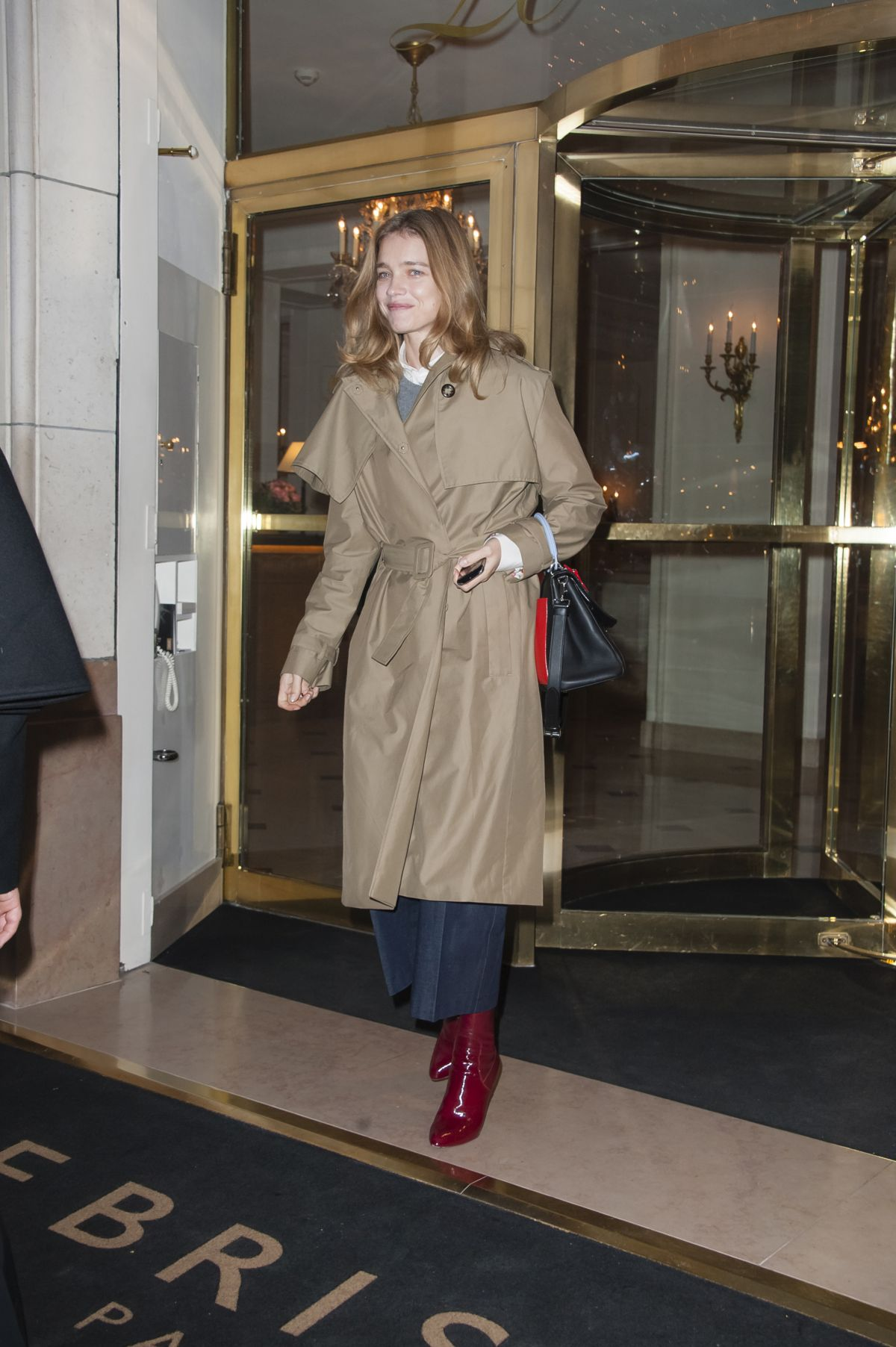 Natalia Vodianova Leaving The Bristol Hotel in Paris