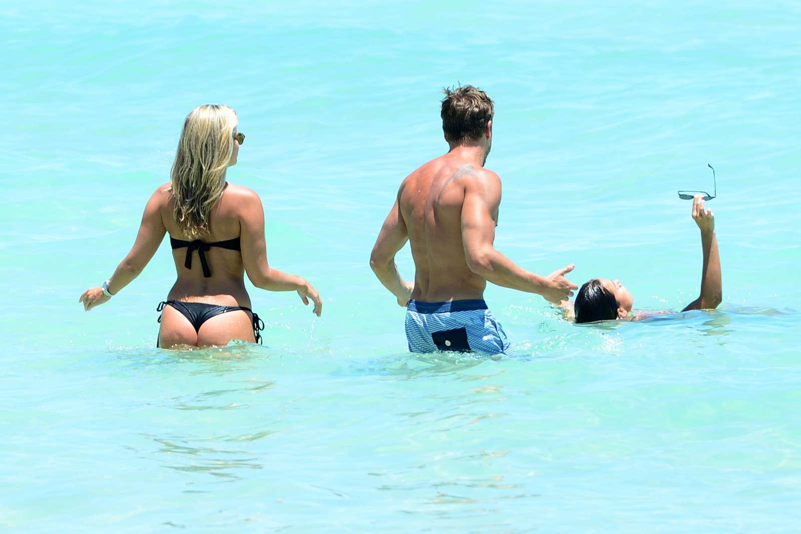 Natasha Oakley and Devin Brugman in Bikini on vacation in Miami