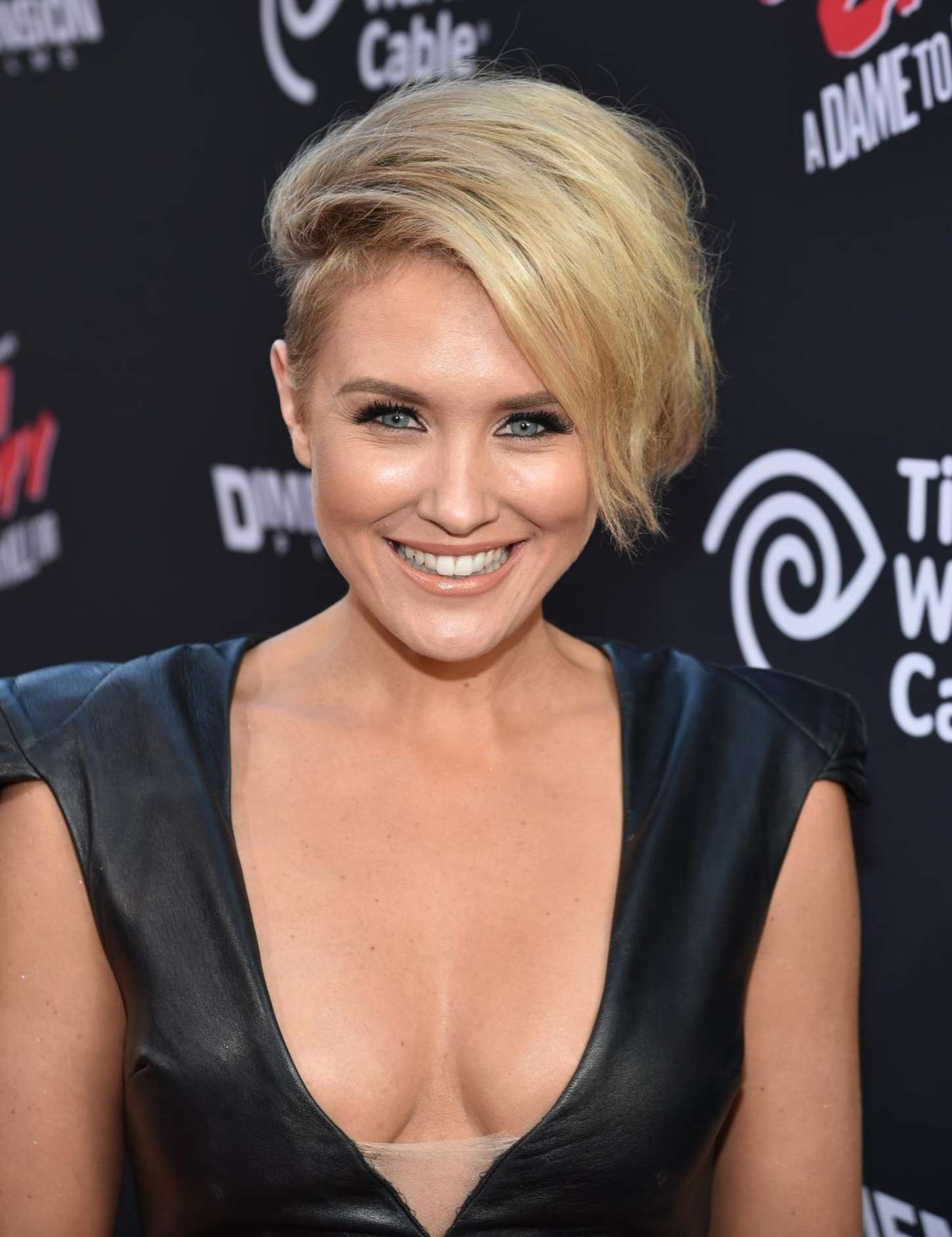 Nicky Whelan Sin City A Dame To Kill For Premiere in Los Angeles