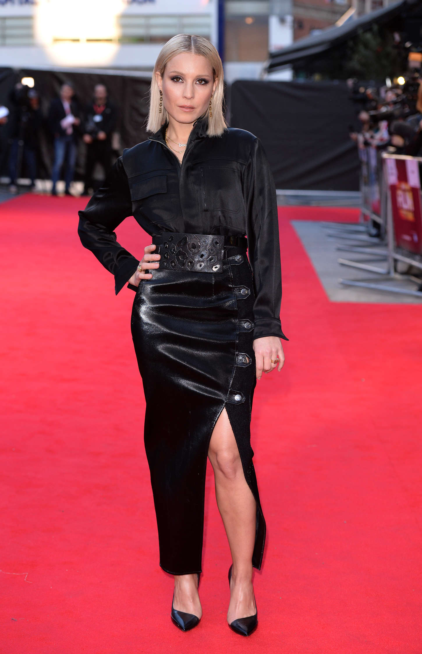 Noomi Rapace at Premiere The Drop in London