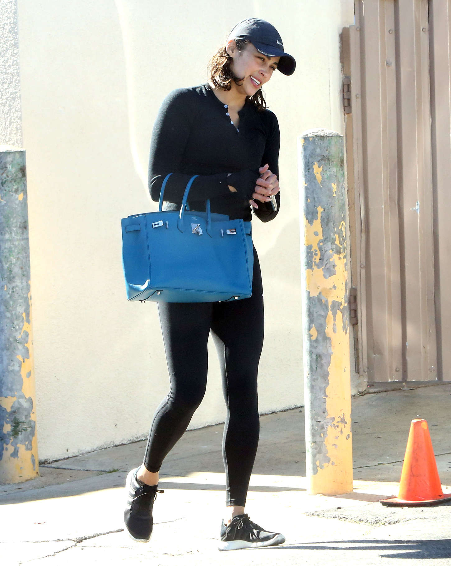 Paula Patton Leaves The Gym in Calabasas