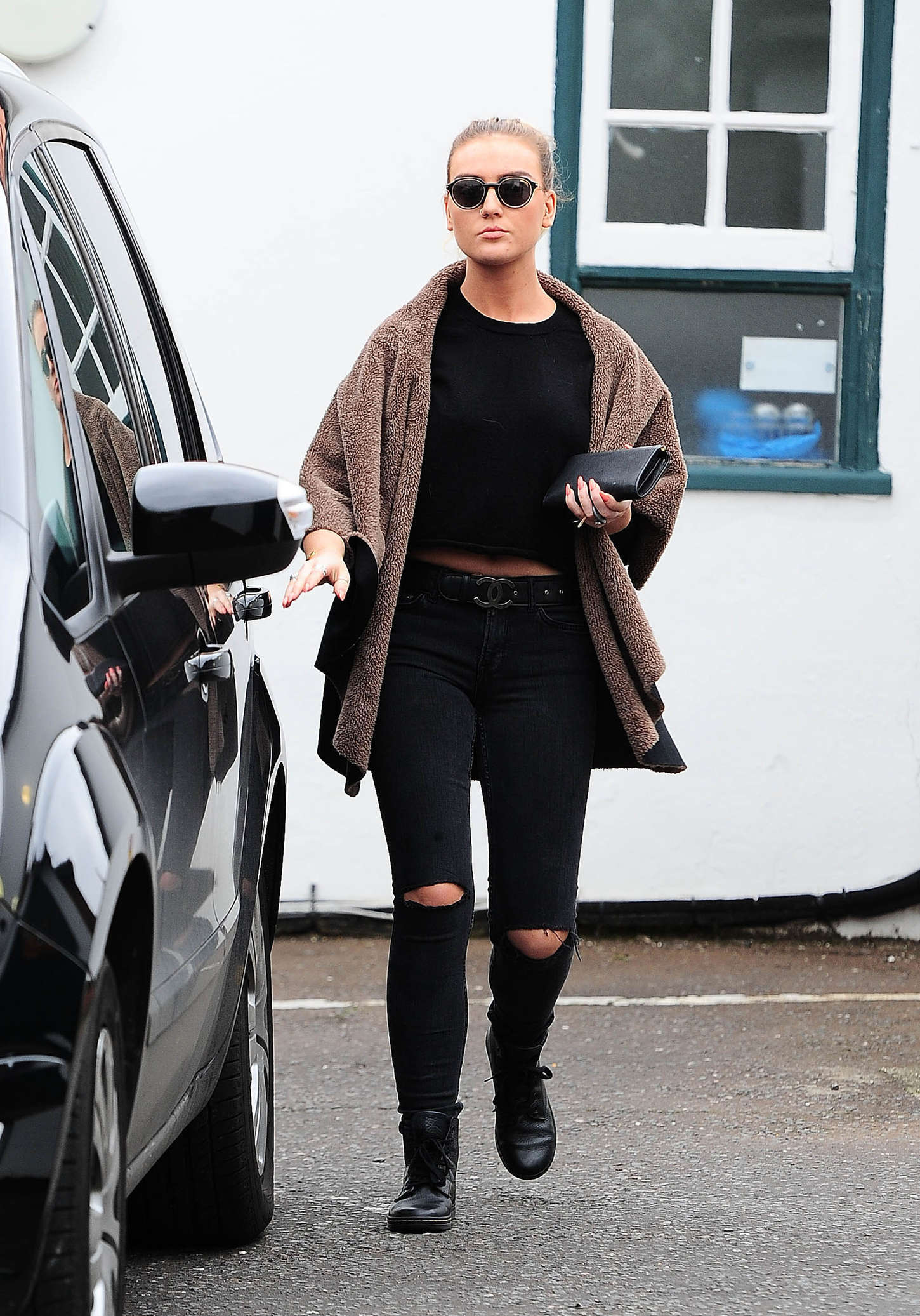 Perrie Edwards Visiting a vet clinic in London