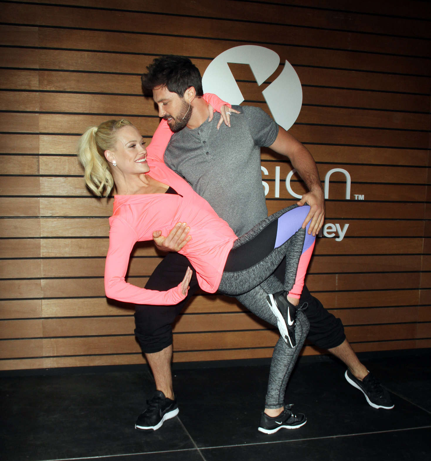 Peta Murgatroyd Teach shoppers Dance Moves To Help Keep Active Fit in New York