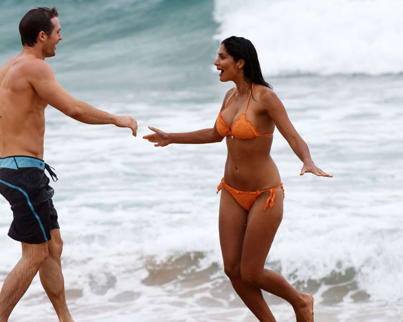 Pia Miller Filming Home Away at Palm Beach in Australia