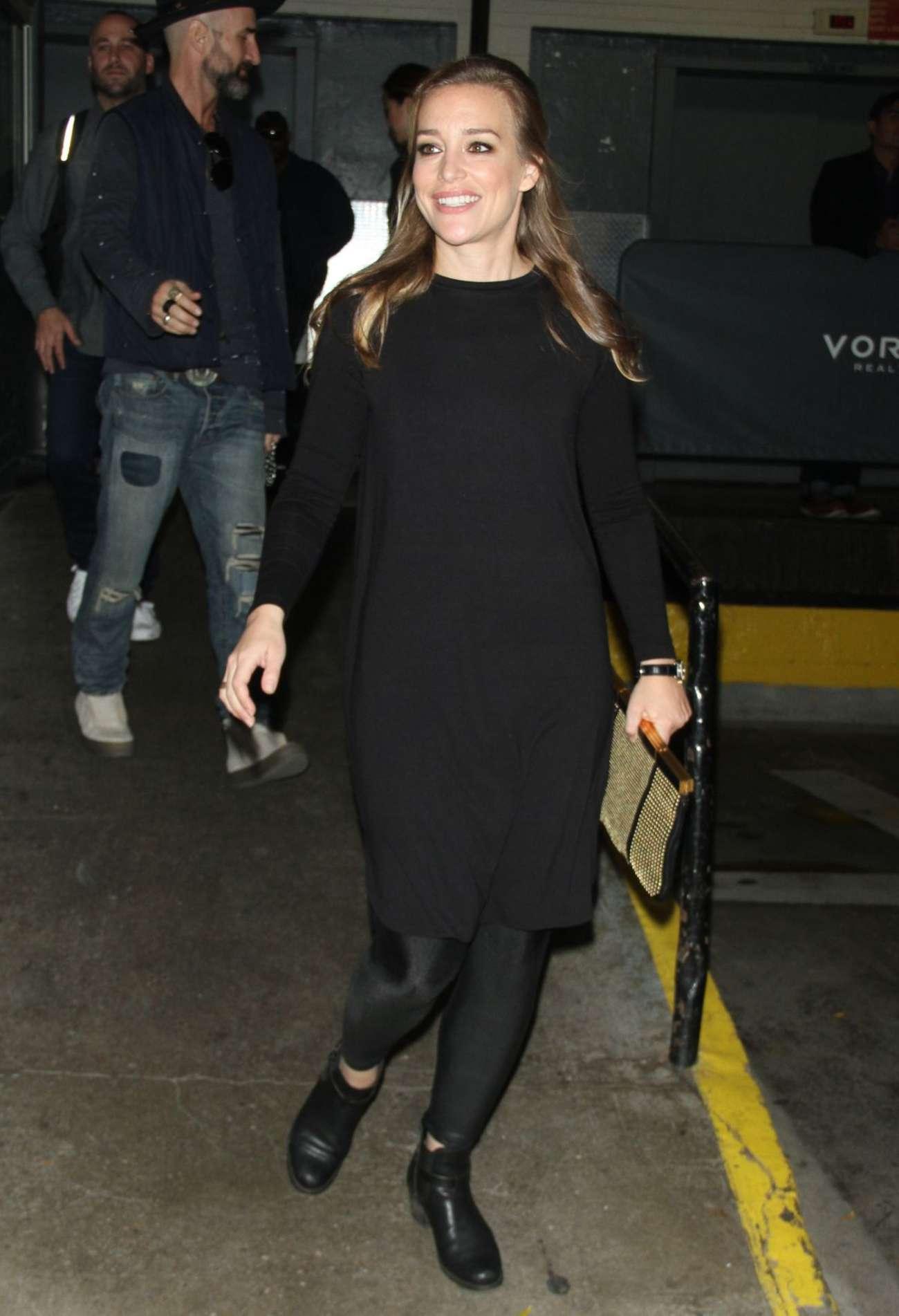 Piper Perabo in Black Out in New York