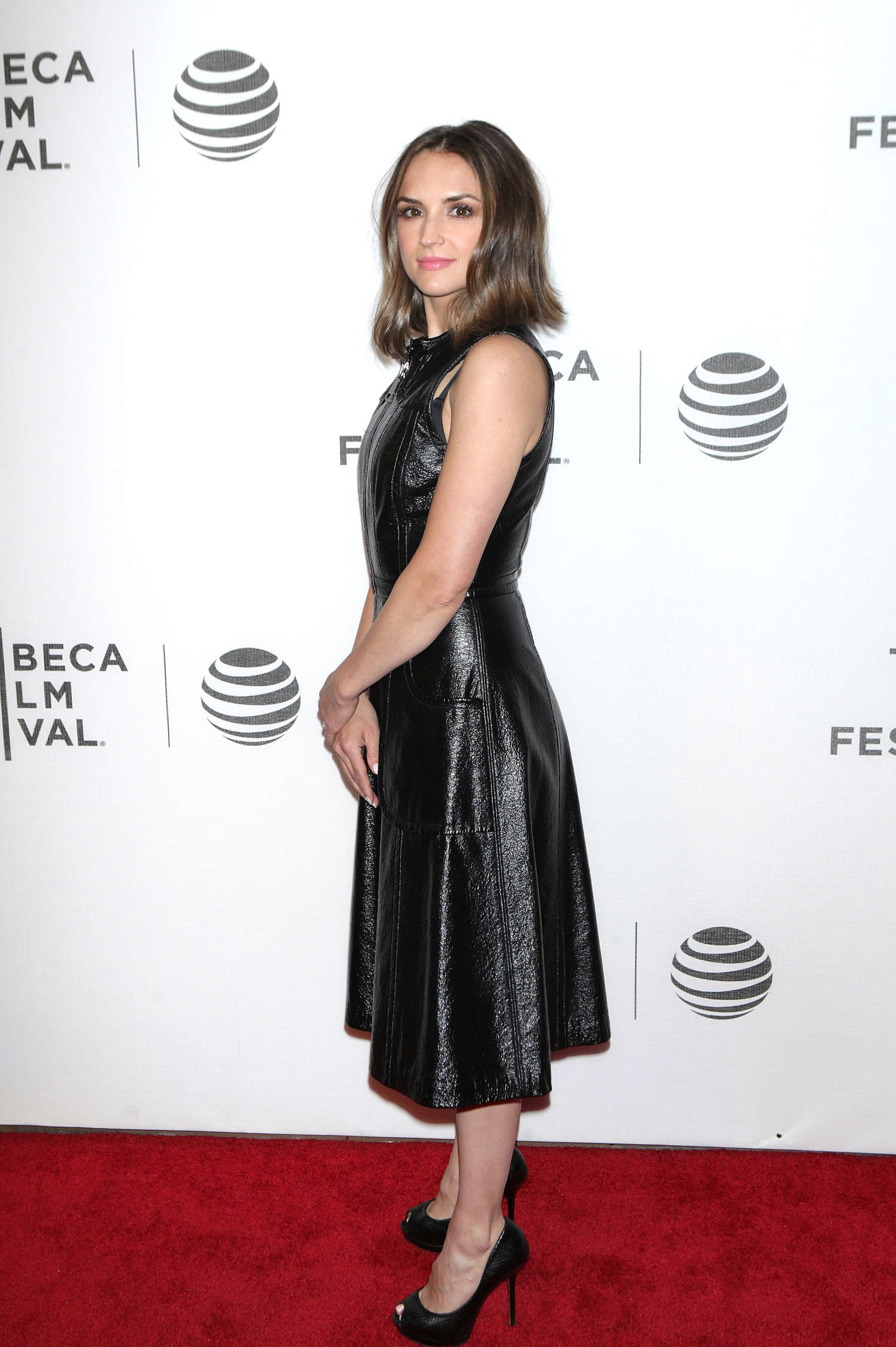 Rachael Leigh Cook Elvis and Nixon Premiere at Tribeca Film Festival in New York