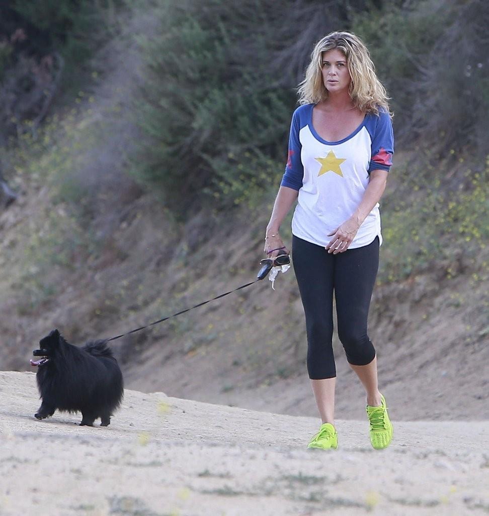 Rachel Hunter At Runyon Canyon