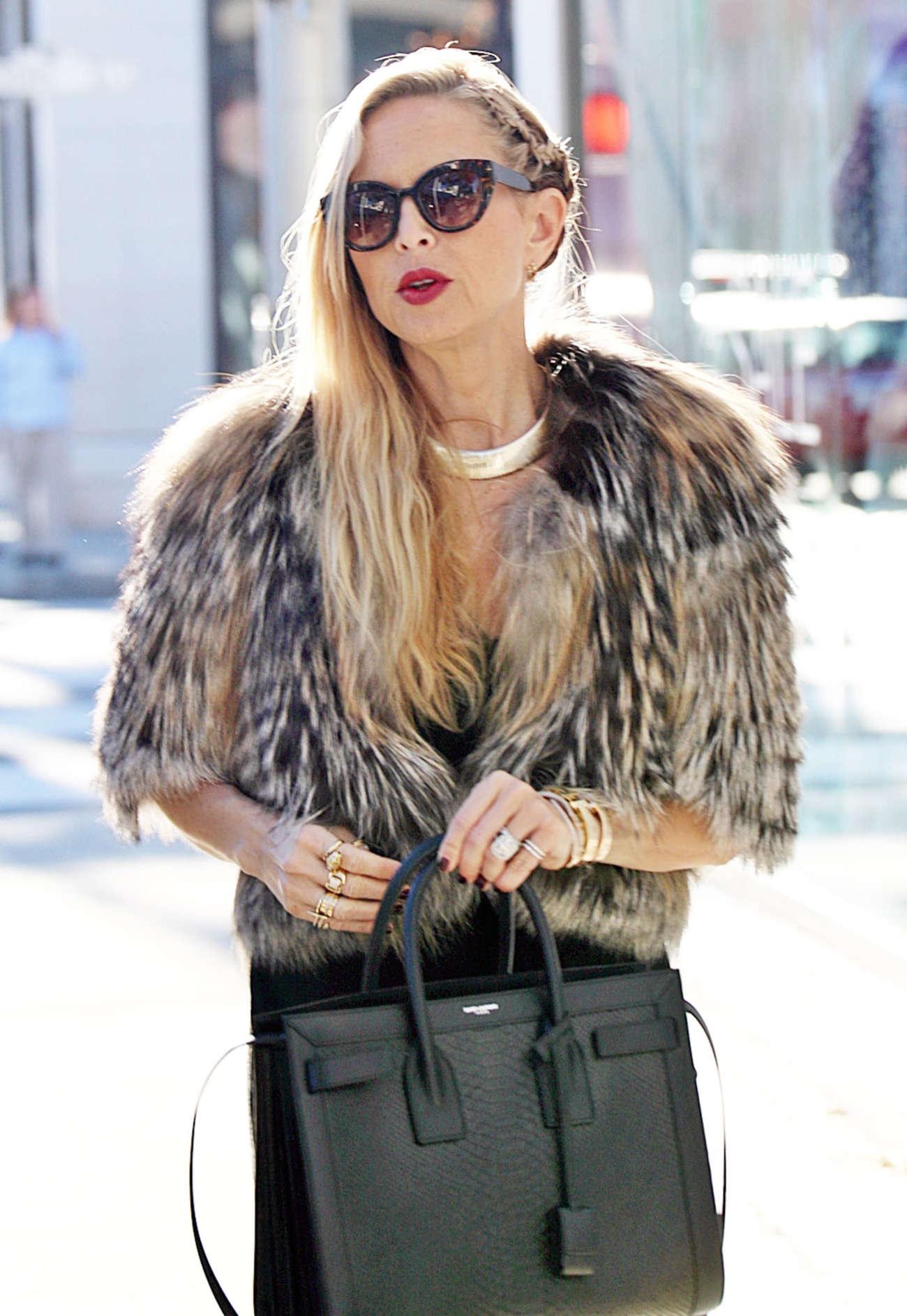 Rachel Zoe Shopping at The Gap in Los Angeles