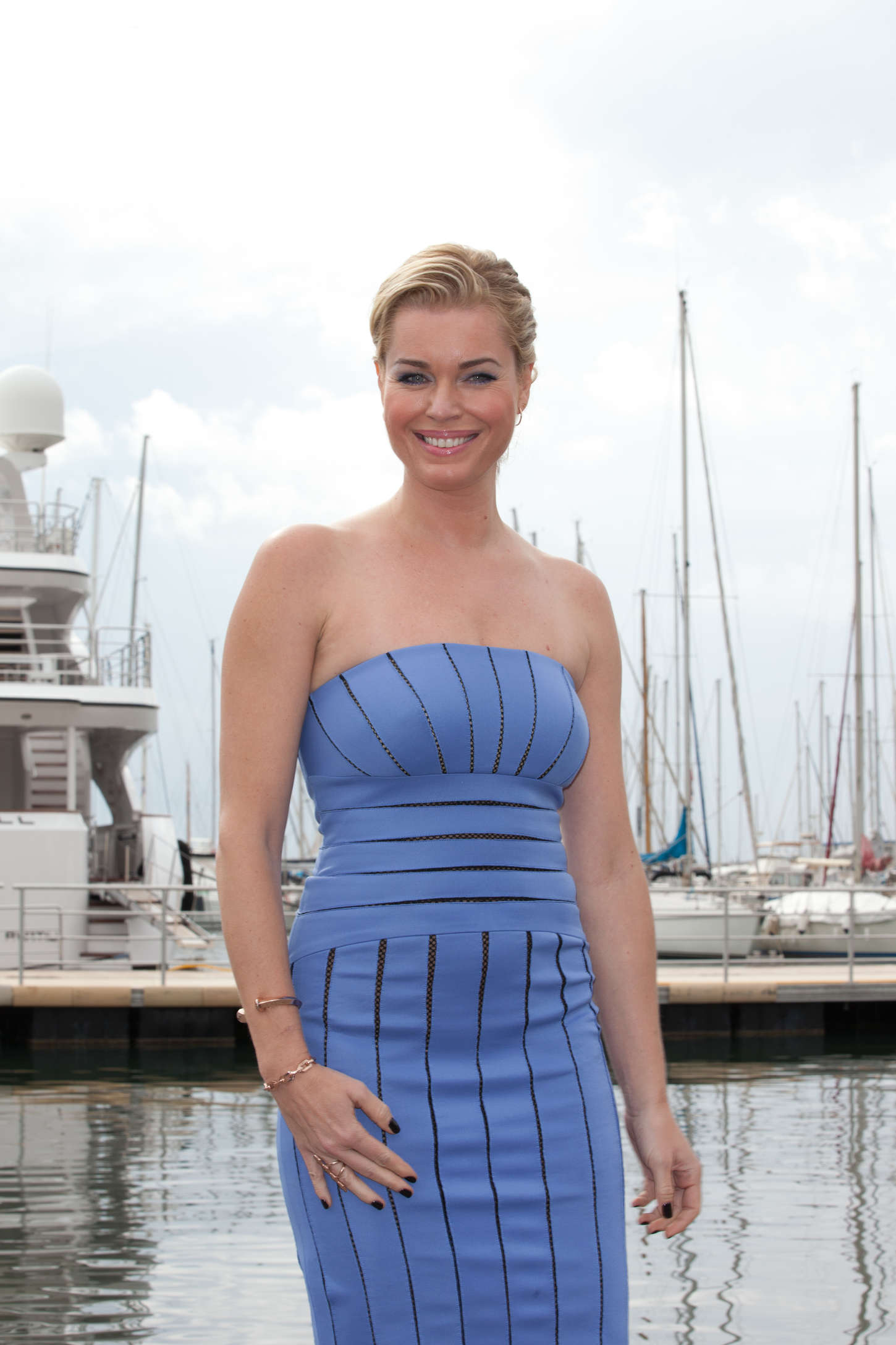 Rebecca Romijn The Librarians Photocall in Cannes