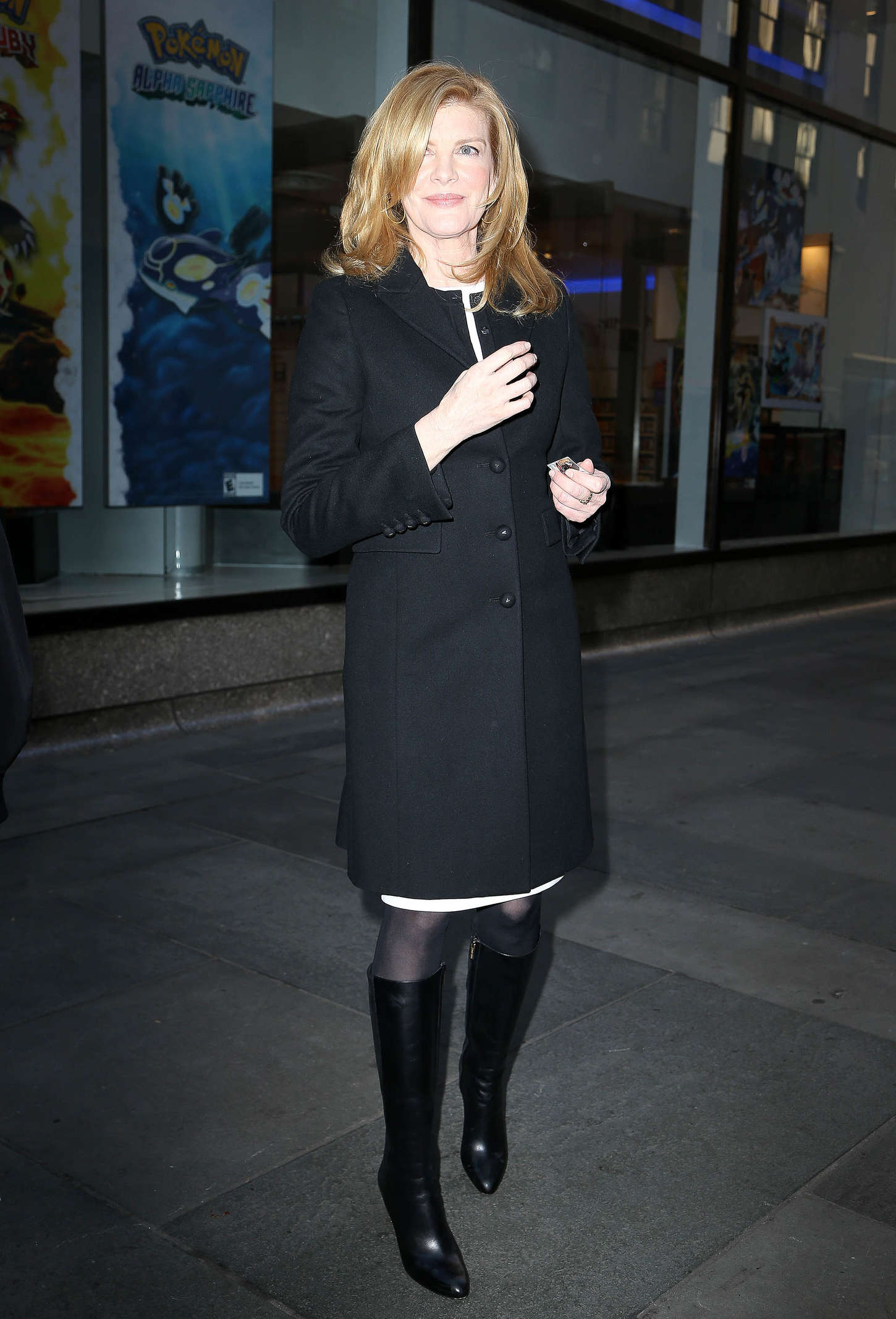 Rene Russo go out in New York