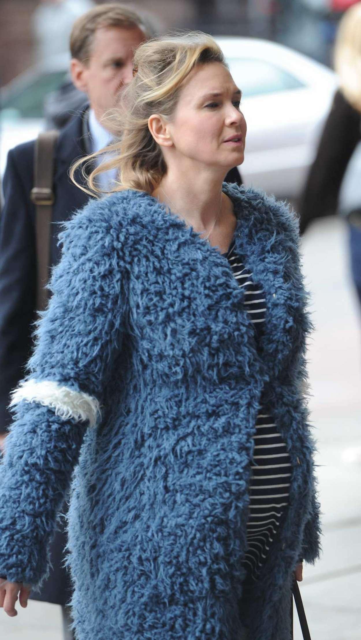 Renee Zellweger Filming New Bridget Jones Movie in London