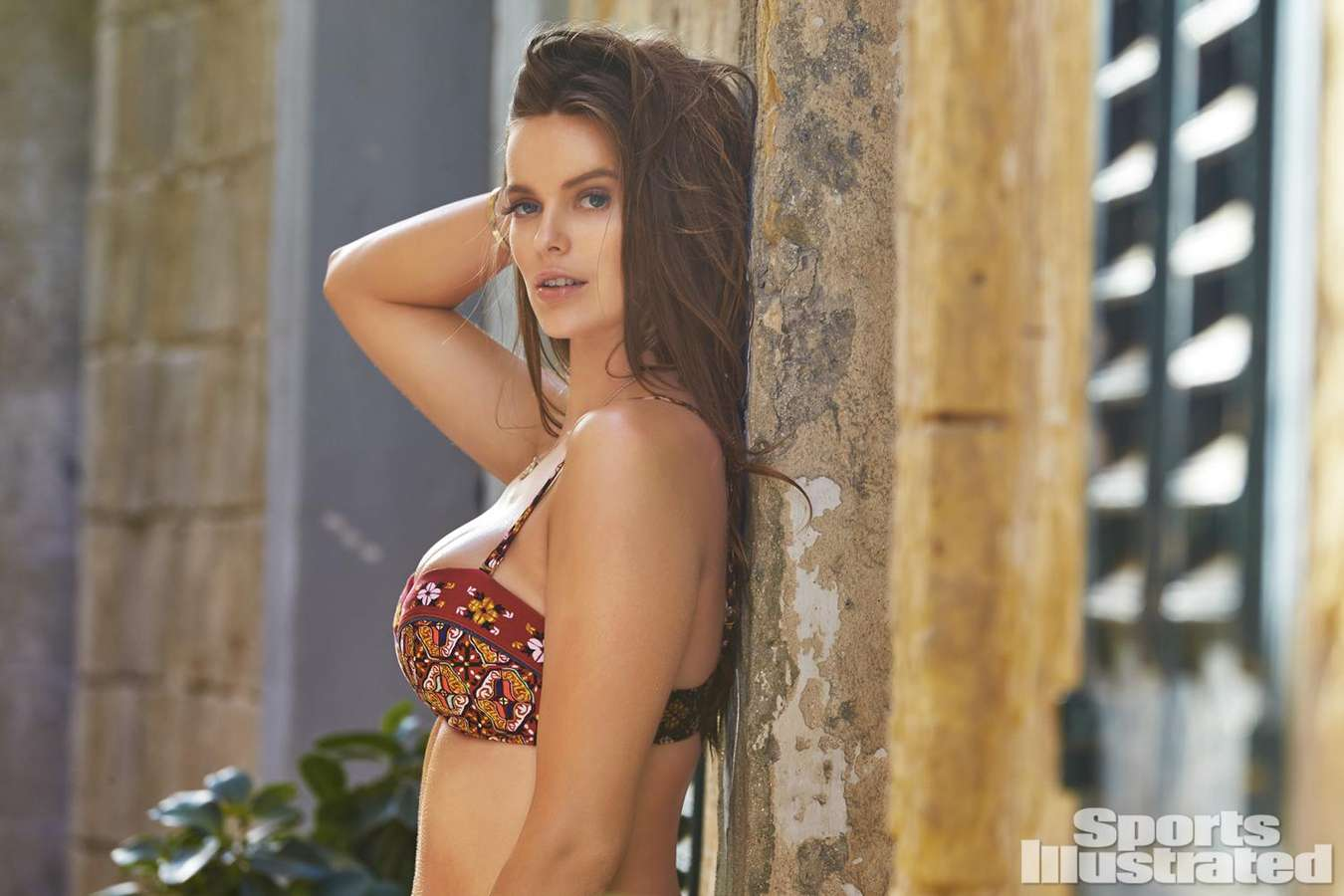 Robyn Lawley Sports Illustrated Swimsuit Edition