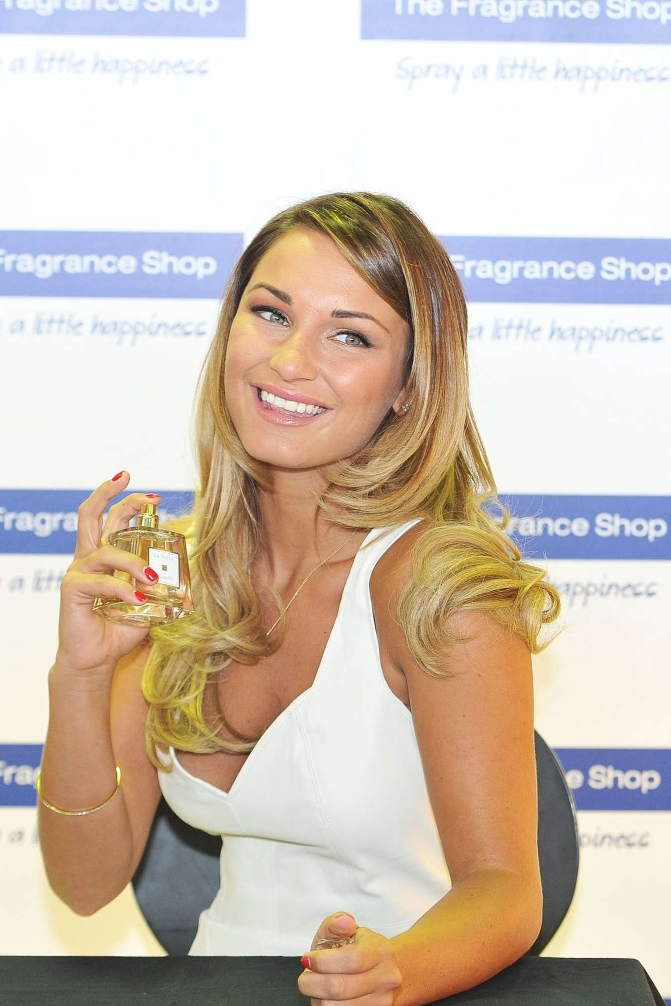 Sam Faiers Promotes Her La Bella Fragrance in Kent